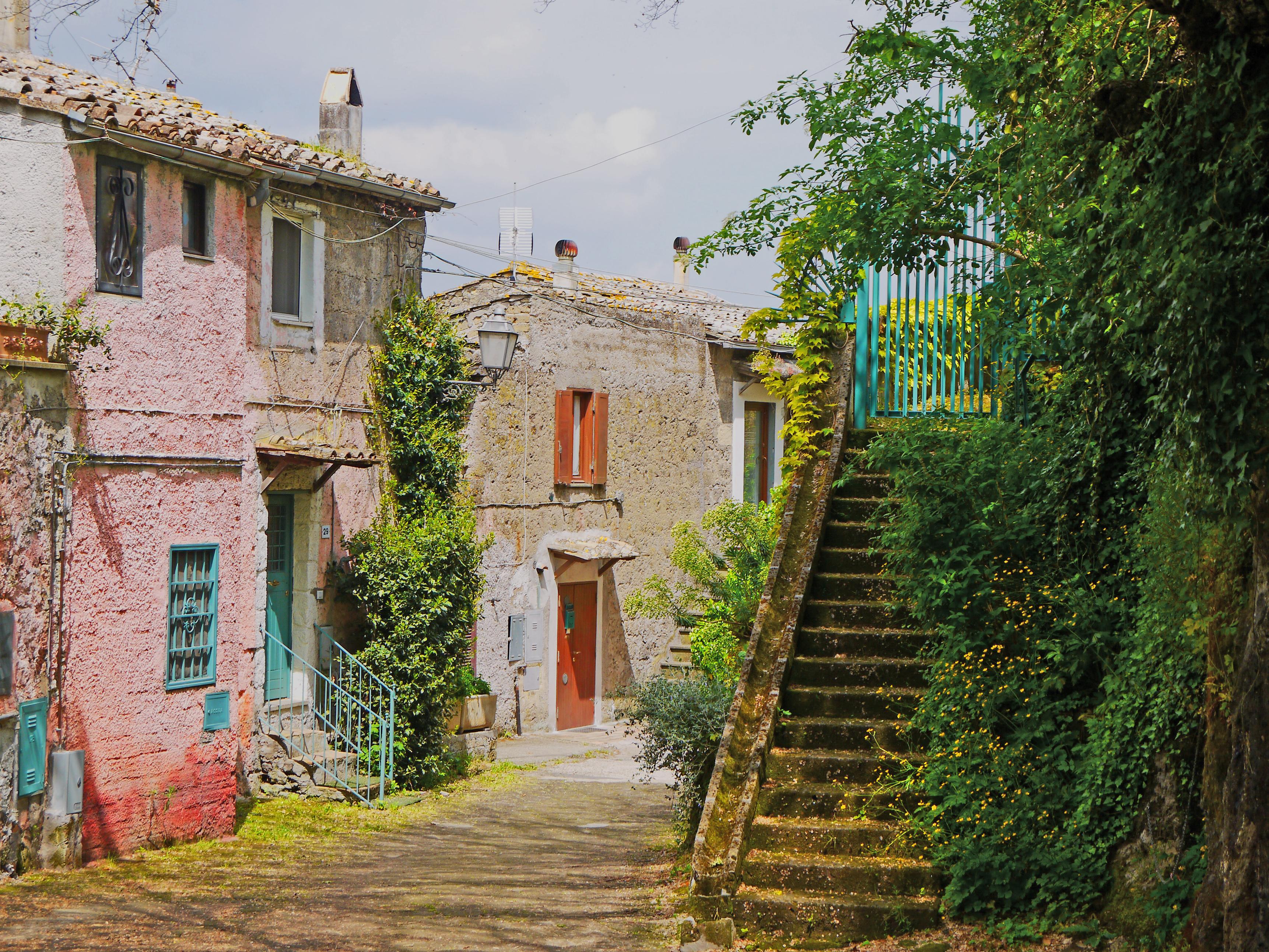Hintergrundbilder : Fenster, Straße, Himmel, Mauer, Haus, Dorf ...