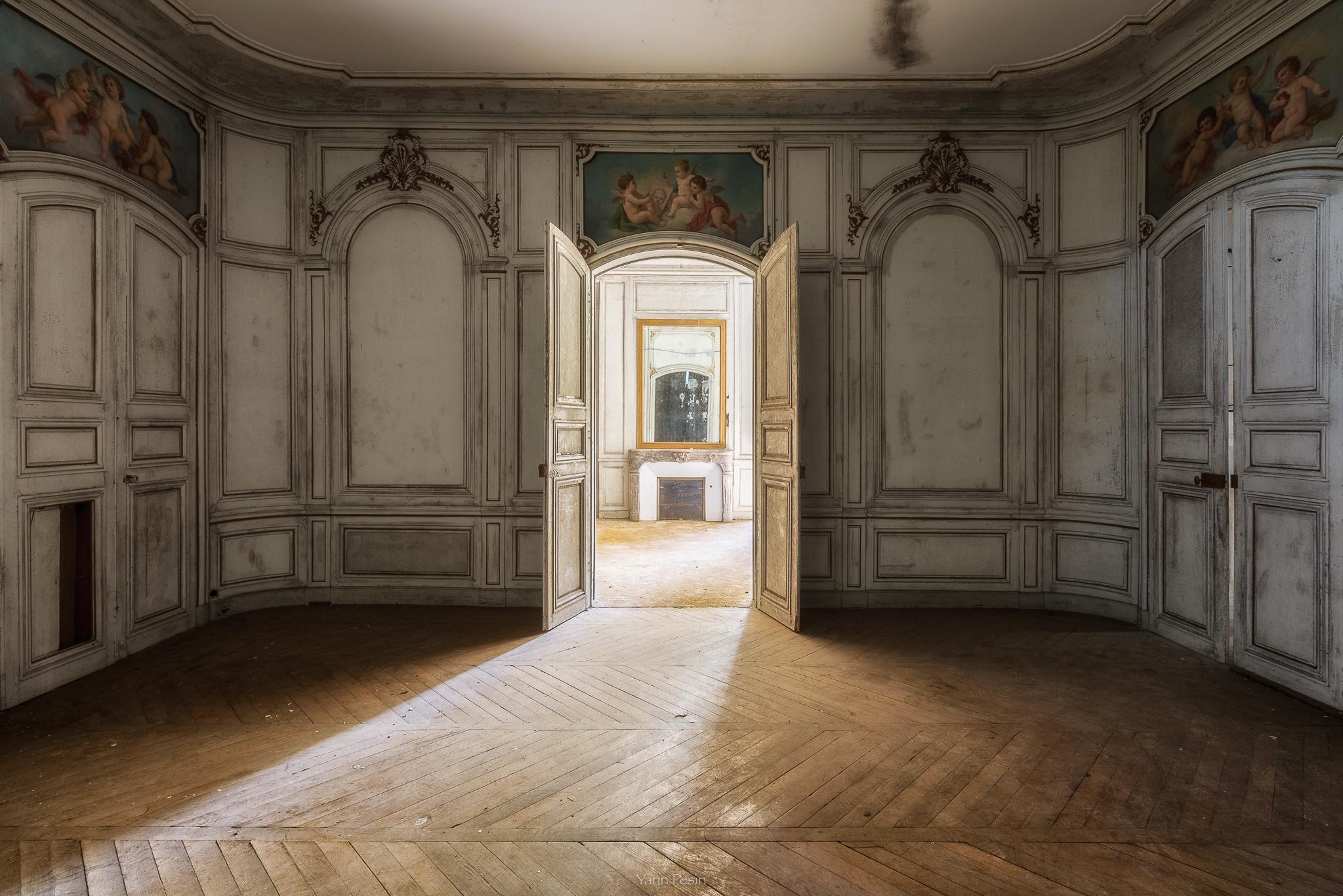 sfondi finestra urbano abbandonato parete legna simmetria castello colonna porta arco. Black Bedroom Furniture Sets. Home Design Ideas