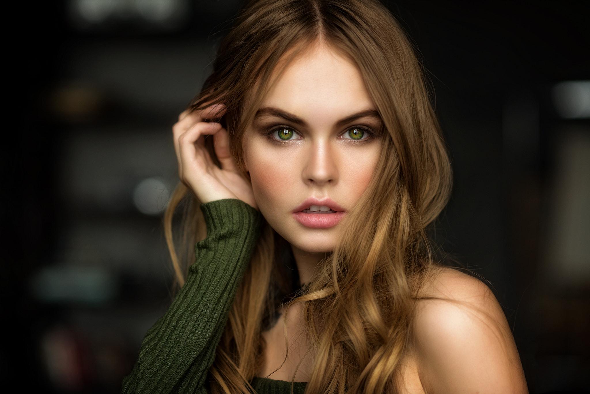 самый отдаленный фотомодели с зелеными глазами фото хотите модную
