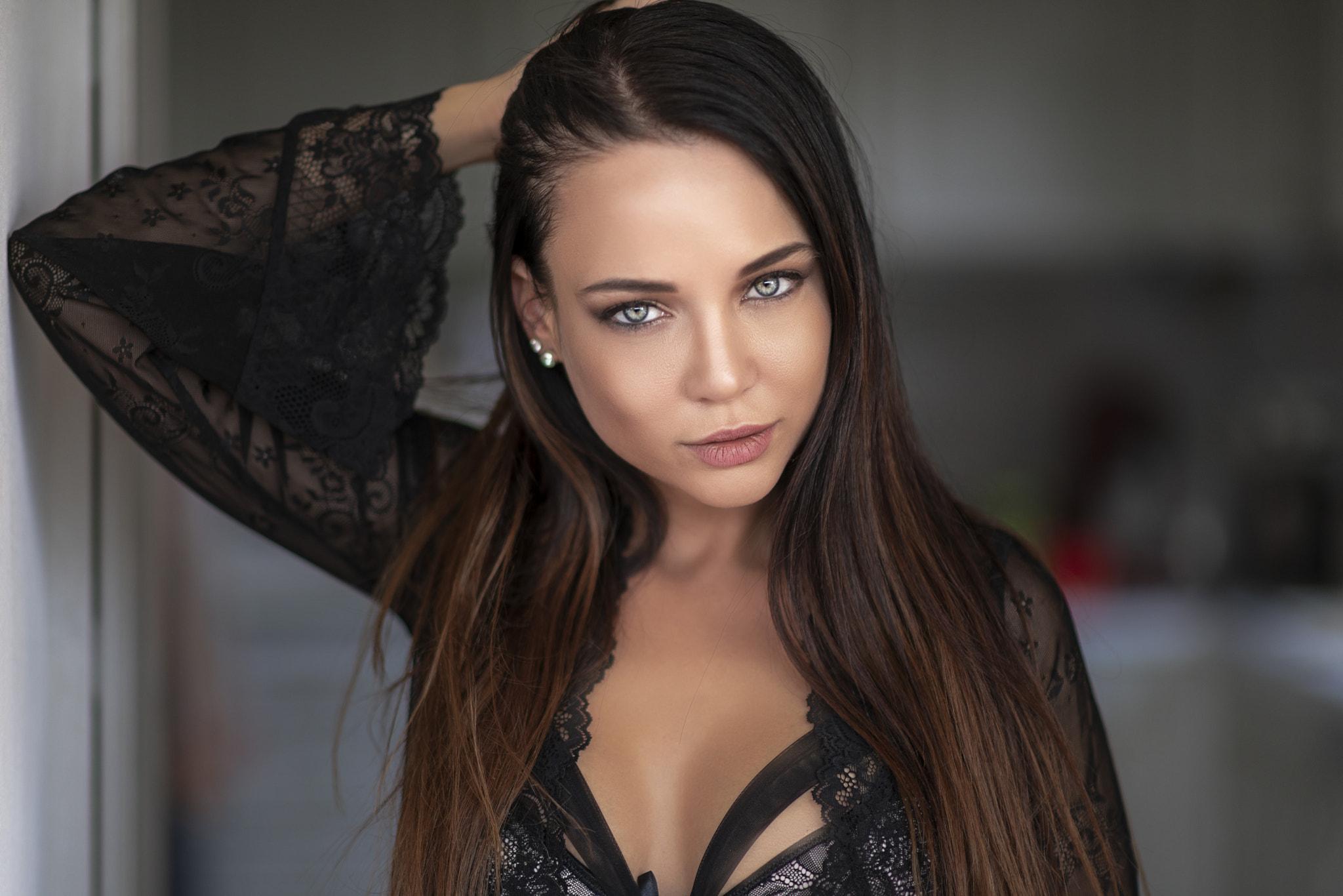 Русская красотка ангелина, Русское порно с Анжелика - смотреть онлайн бесплатно 3 фотография