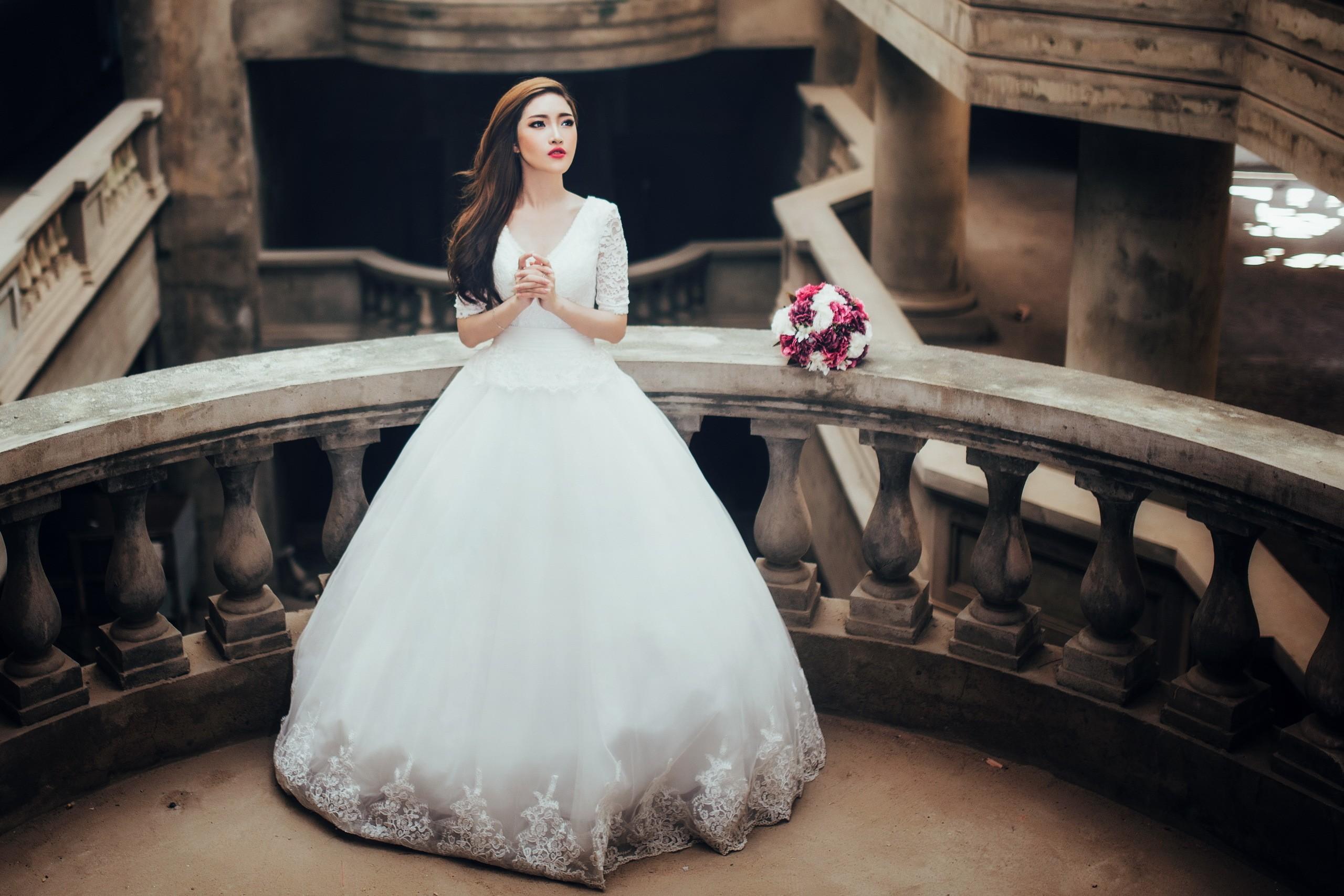 Abiti Da Sposa Gratis.Sfondi Donne Asiatico Fotografia Moda Vestito Da Sposa Capi
