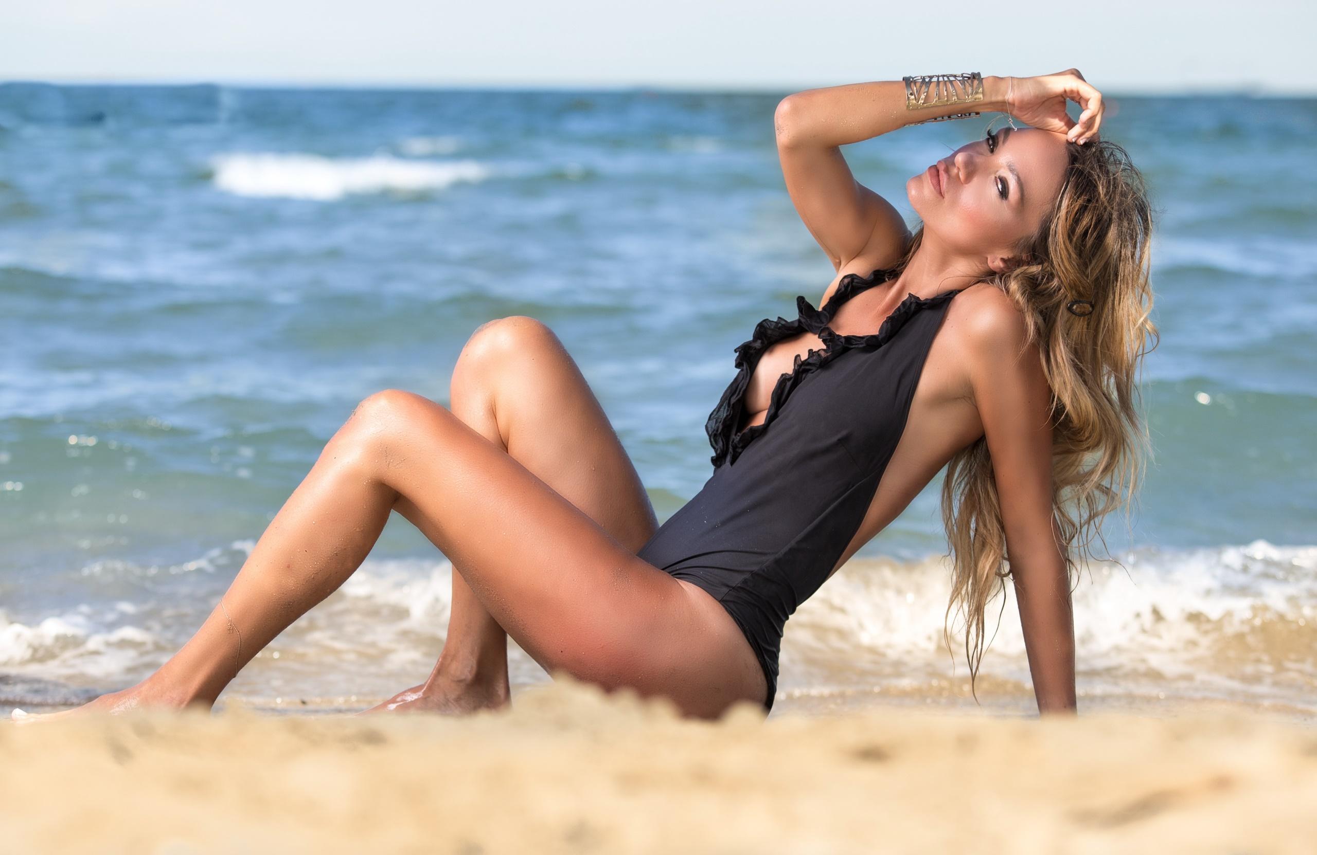 Beach Shemale Porn