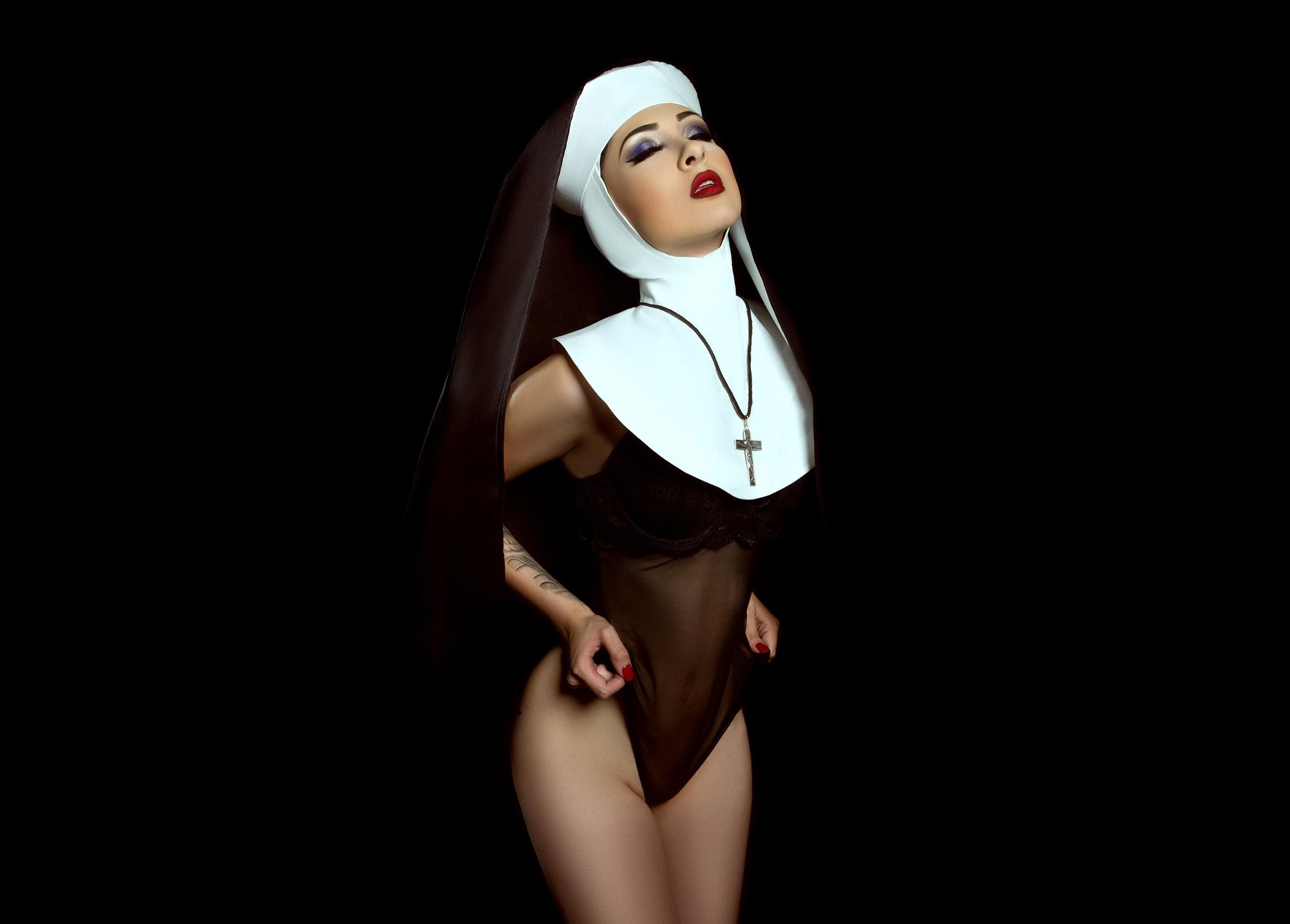 Nasty Nun Kit Fetish