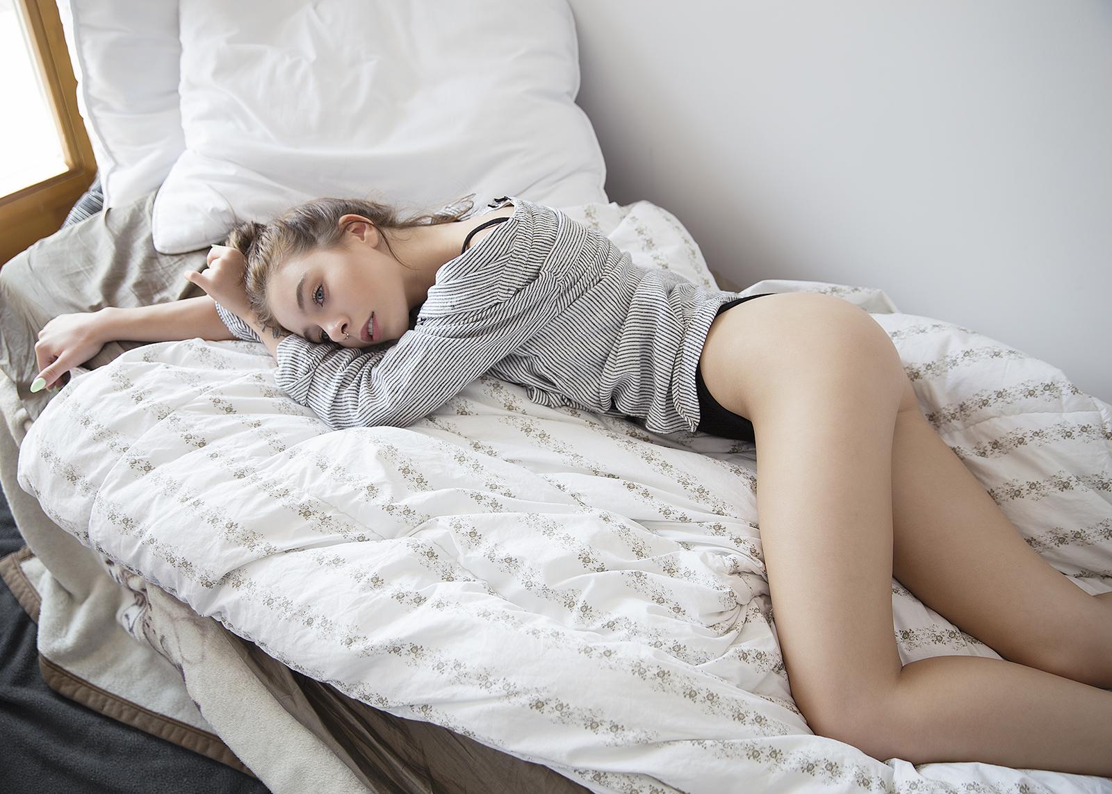 Если снится, что вы долго выбираете нижнее бельё, это значит, что наяву вы заняты поисками чего-то важного для вас.