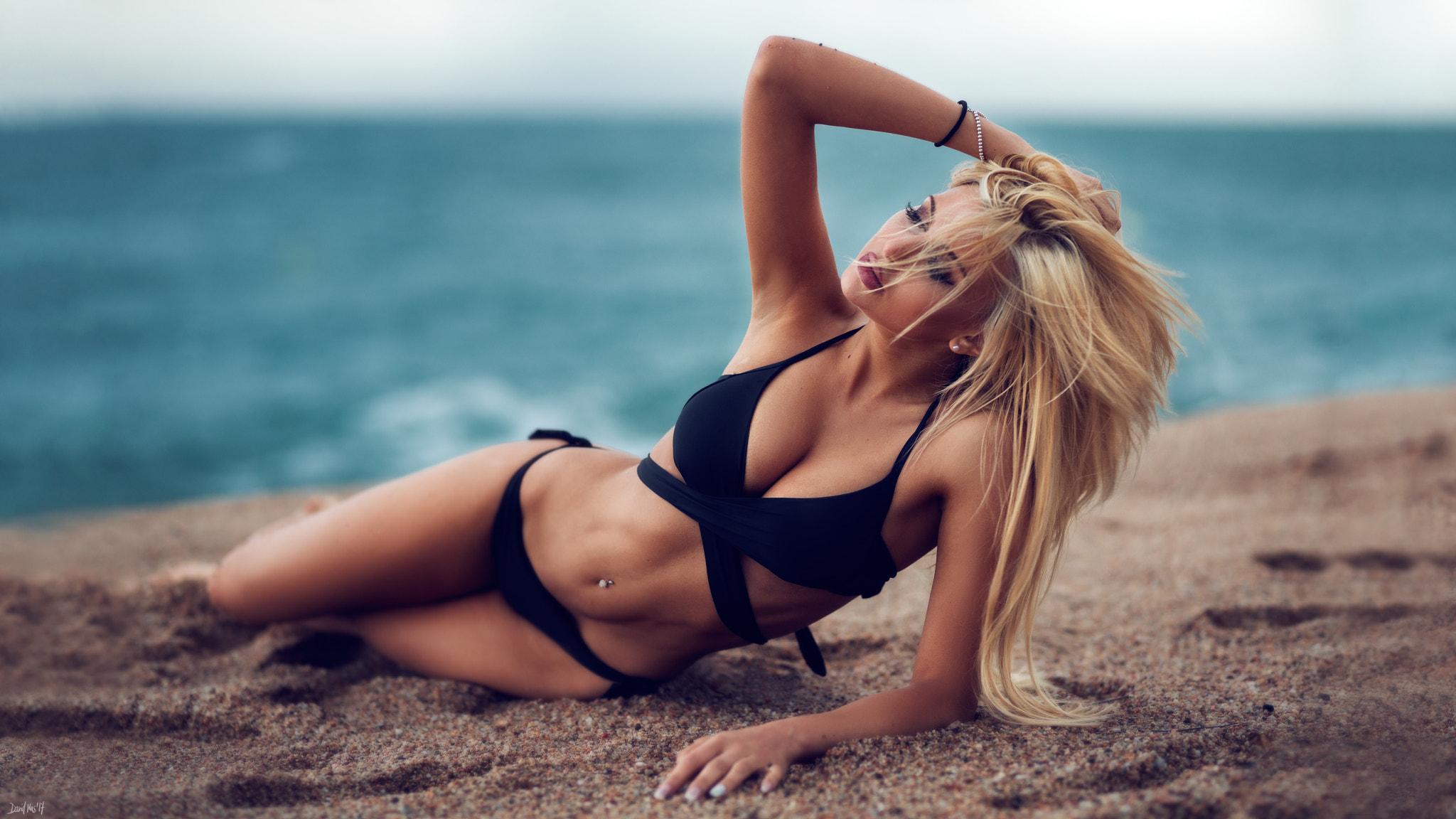 тело красивых блондинок фото каждый день