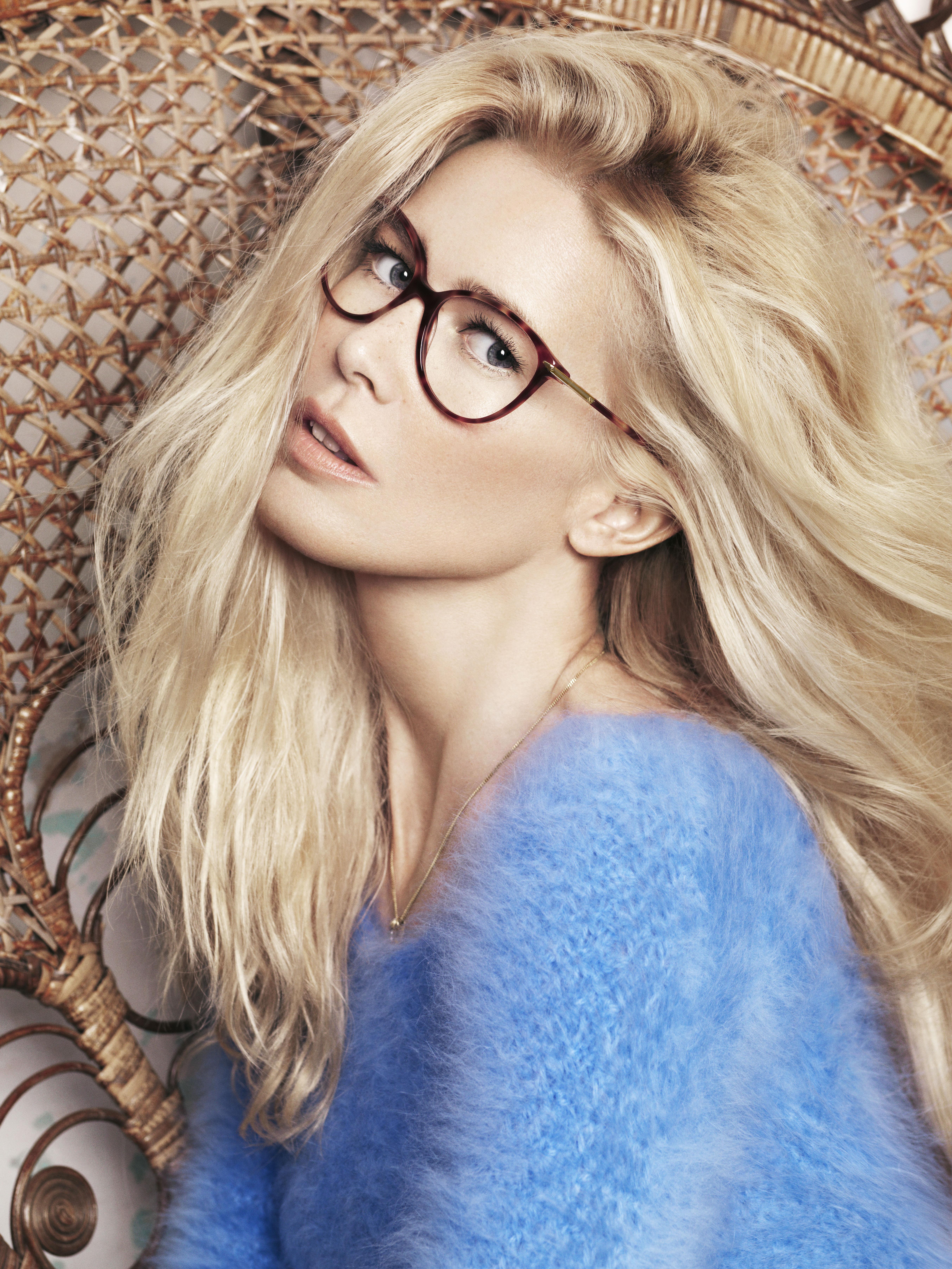 Fondos de pantalla   mujer, rubia, modelo, gafas, Claudia Schiffer ... 5eda704da7b1