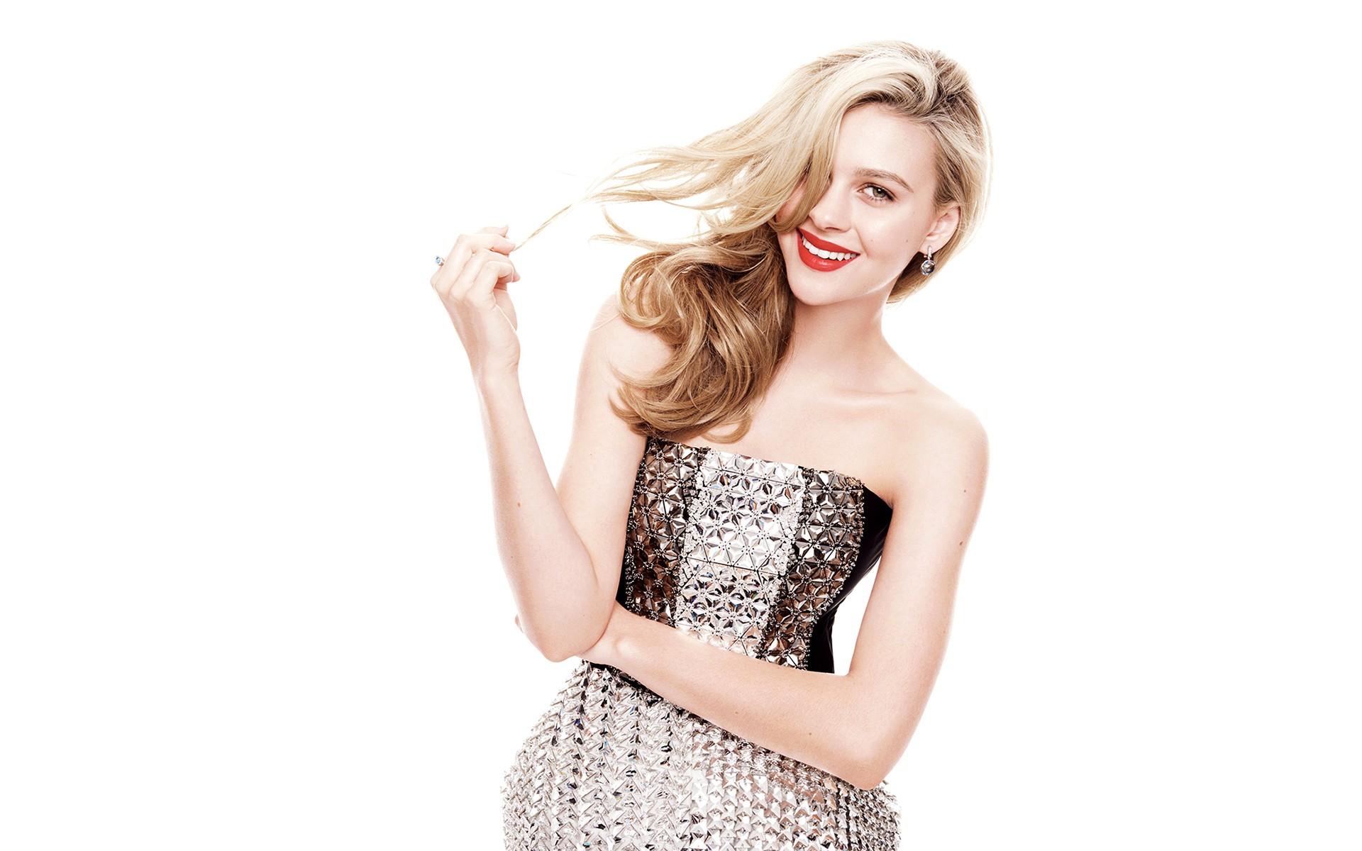 Hintergrundbilder : Frau, blond, Einfacher hintergrund, Berühmtheit ...