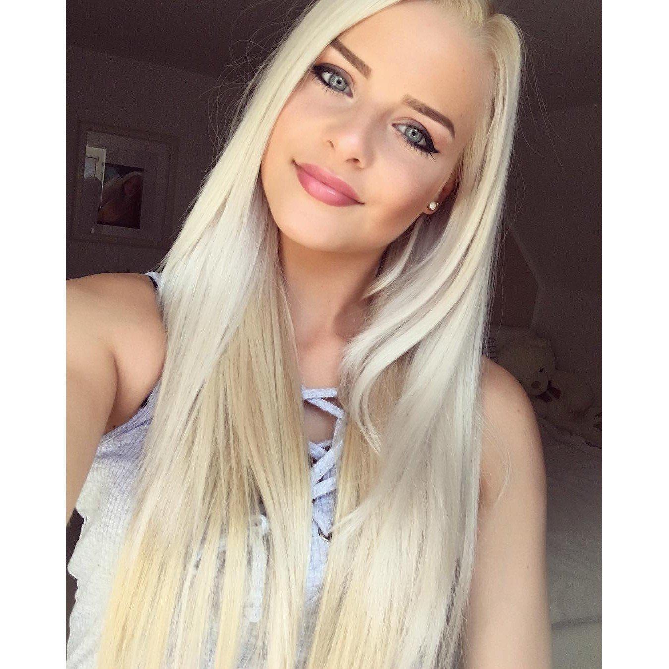 Blaue augen haare frau blonde Blonde haare