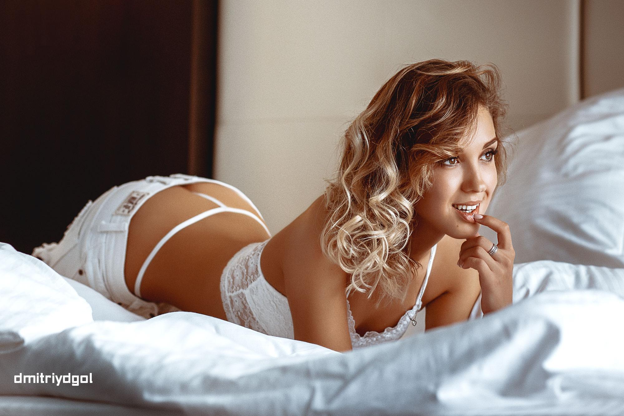 слову сказать, девушки в белых шортиках в постели фото под каждые