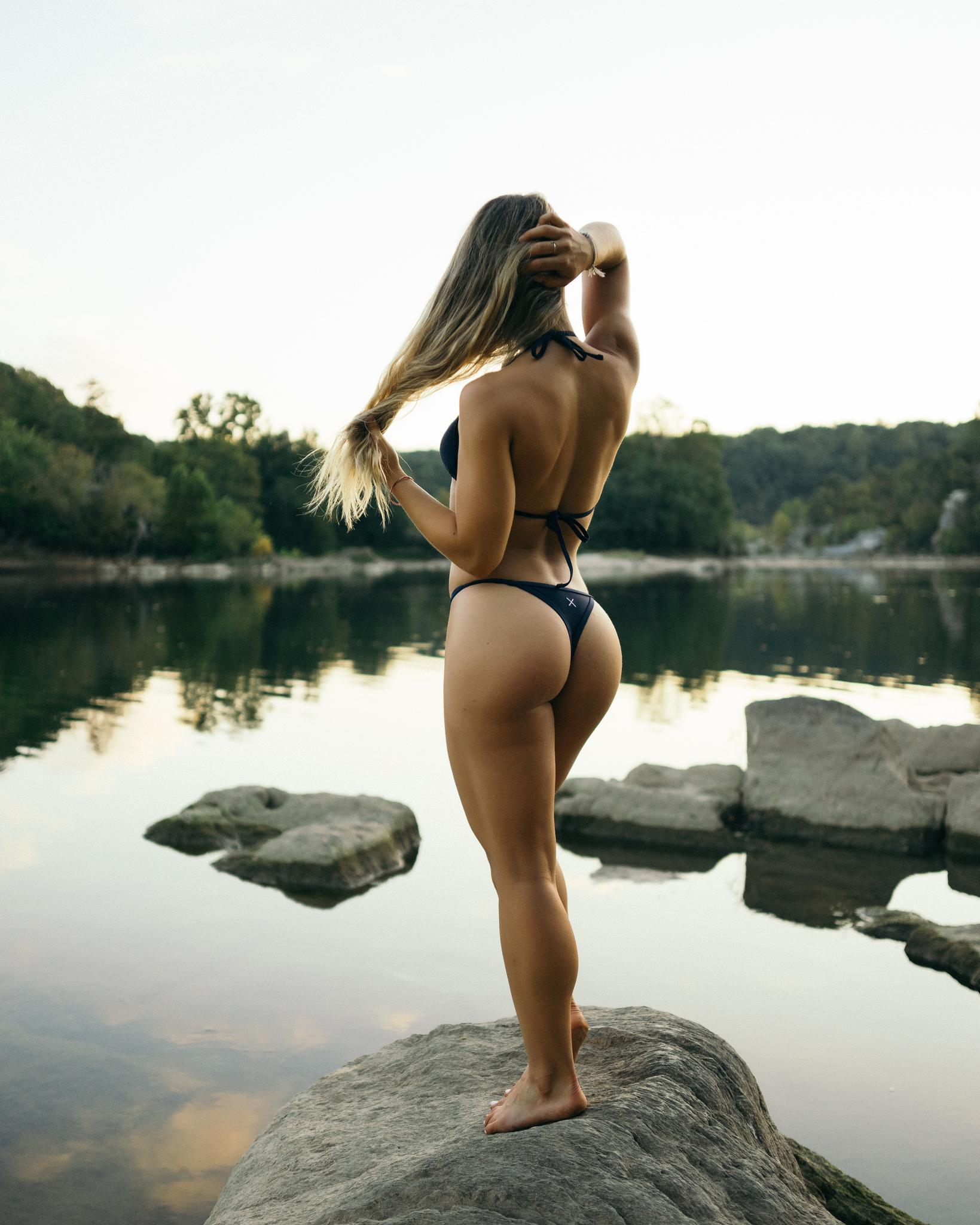 Fondos De Pantalla Mujer Rubia Agua Espalda Culo Bronceado