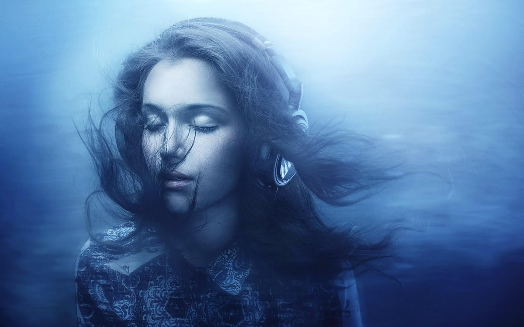 Wallpaper Wanita Biru Emosi Kegelapan Wallpaper
