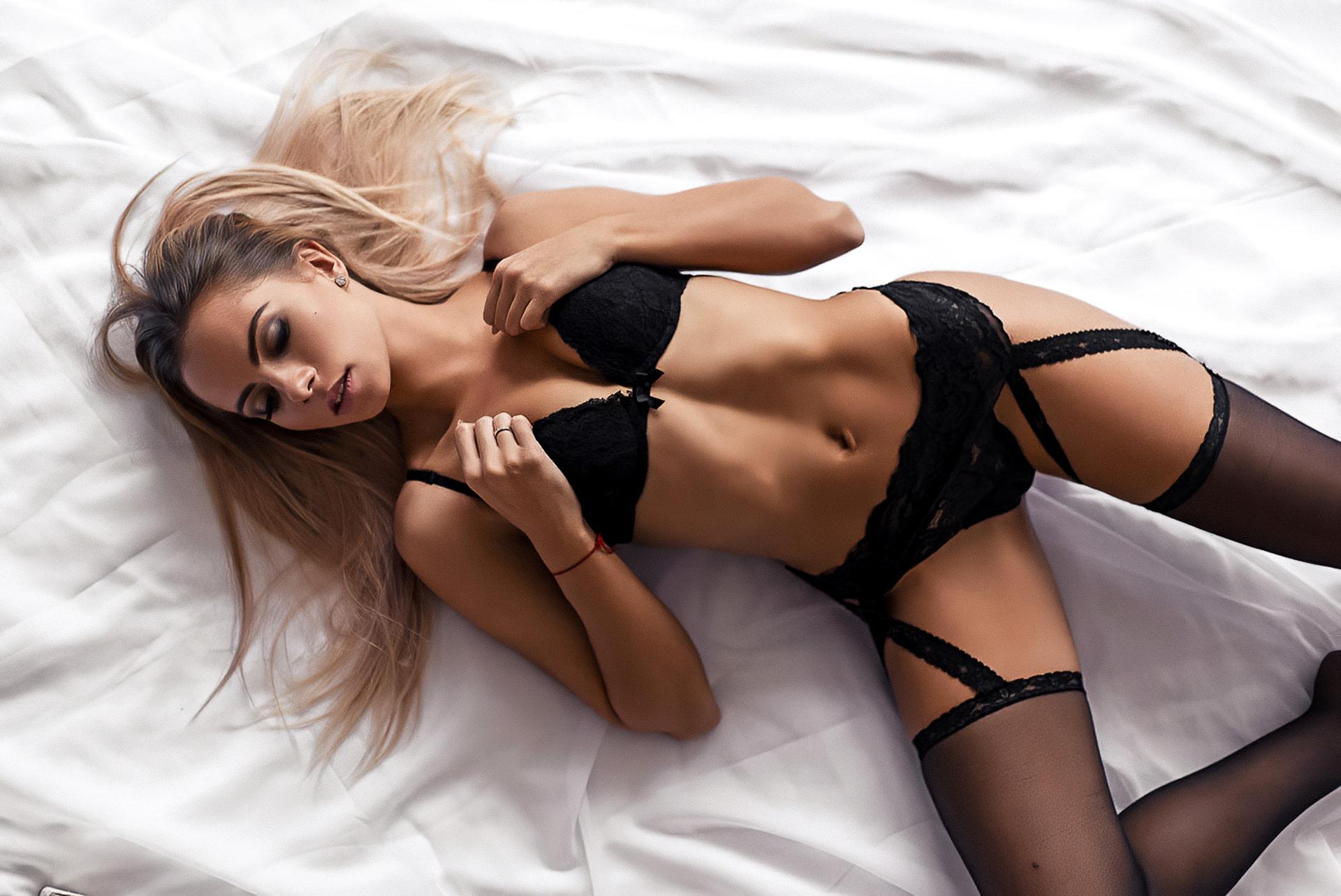 Wallpaper aislin, bed, babe, lingerie, brunette, ass