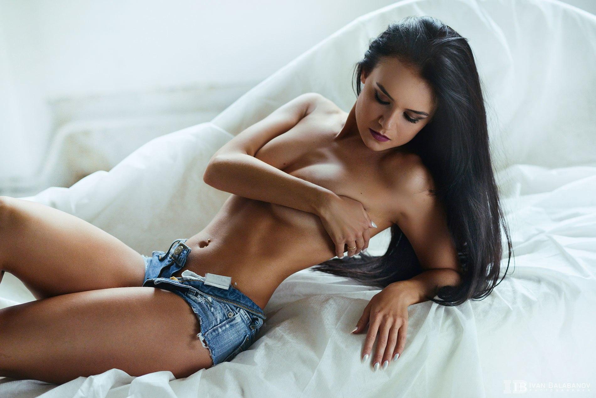 Big dildo insertion in stockings tmb