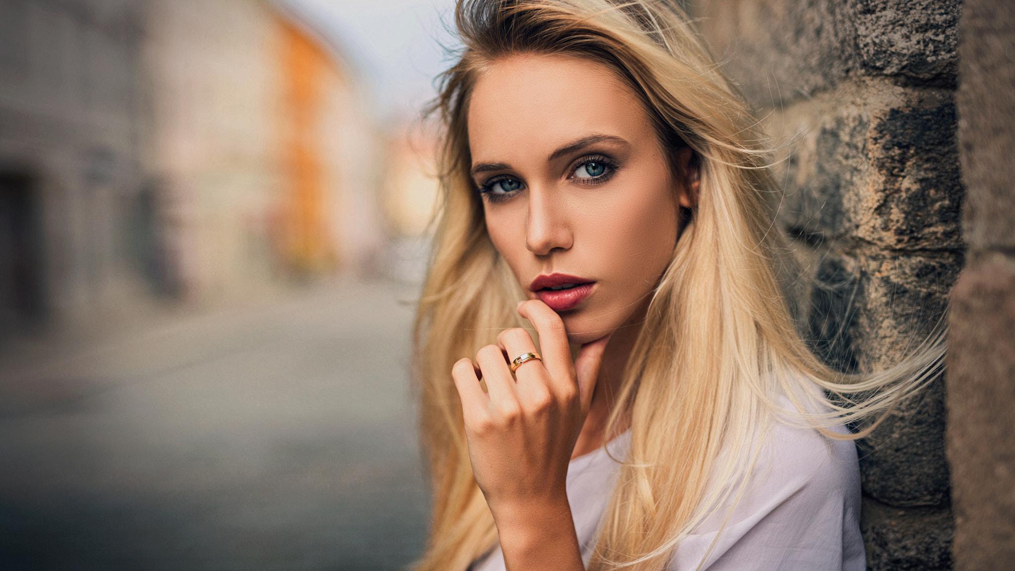 Women blondes viral anal sex