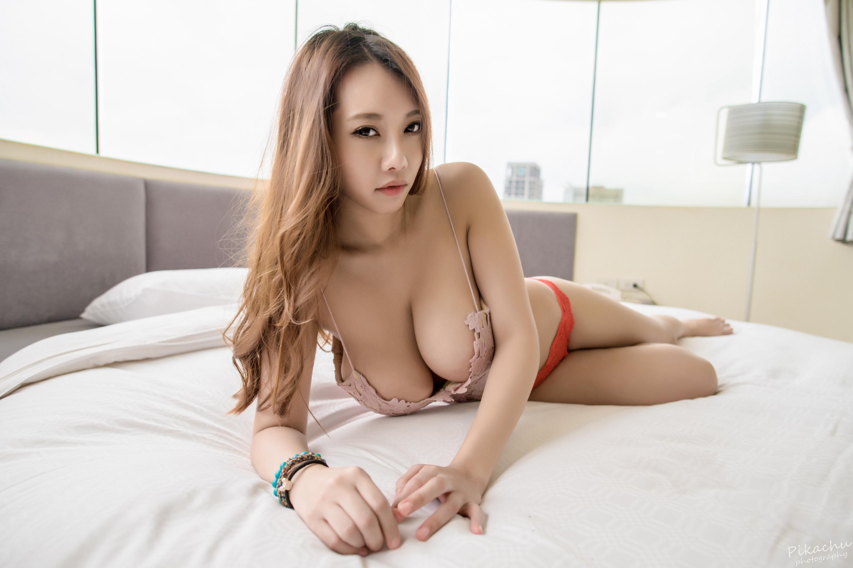 Korean topless woman — img 11