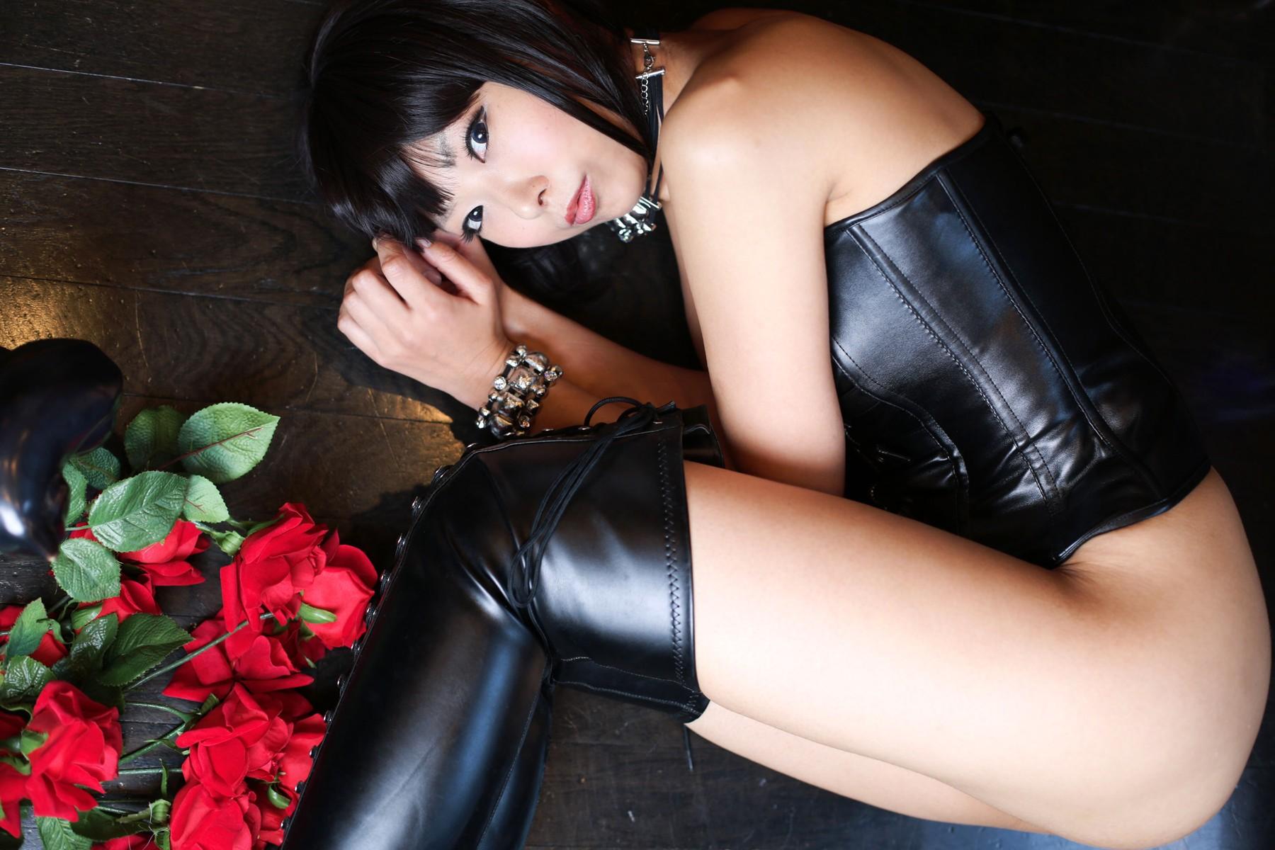 Girls naked leather, asian sex blogspot