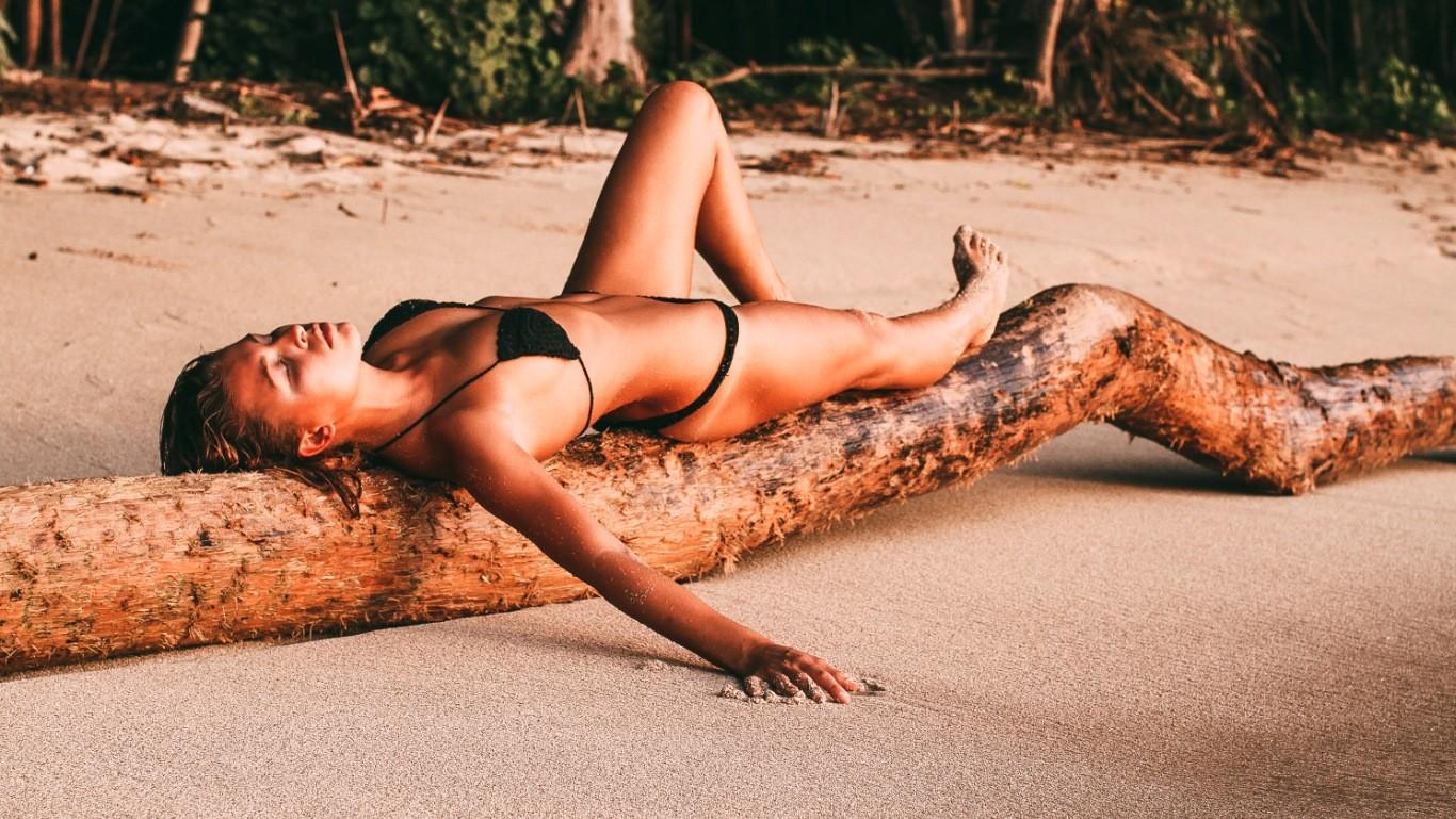 braless Bikini Marisa Papen naked photo 2017