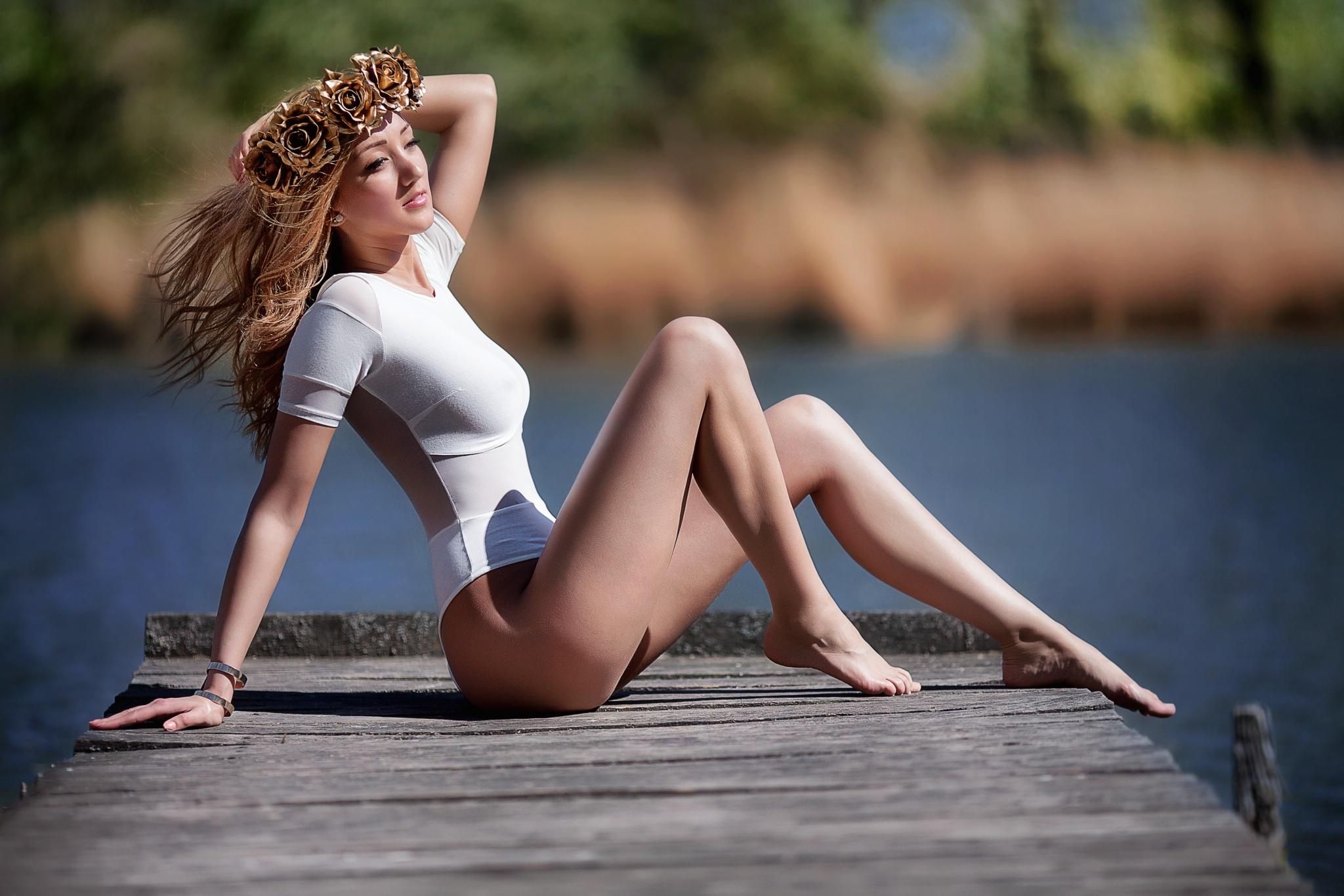 Wallpaper : face, model, portrait, sunset, long hair, legs