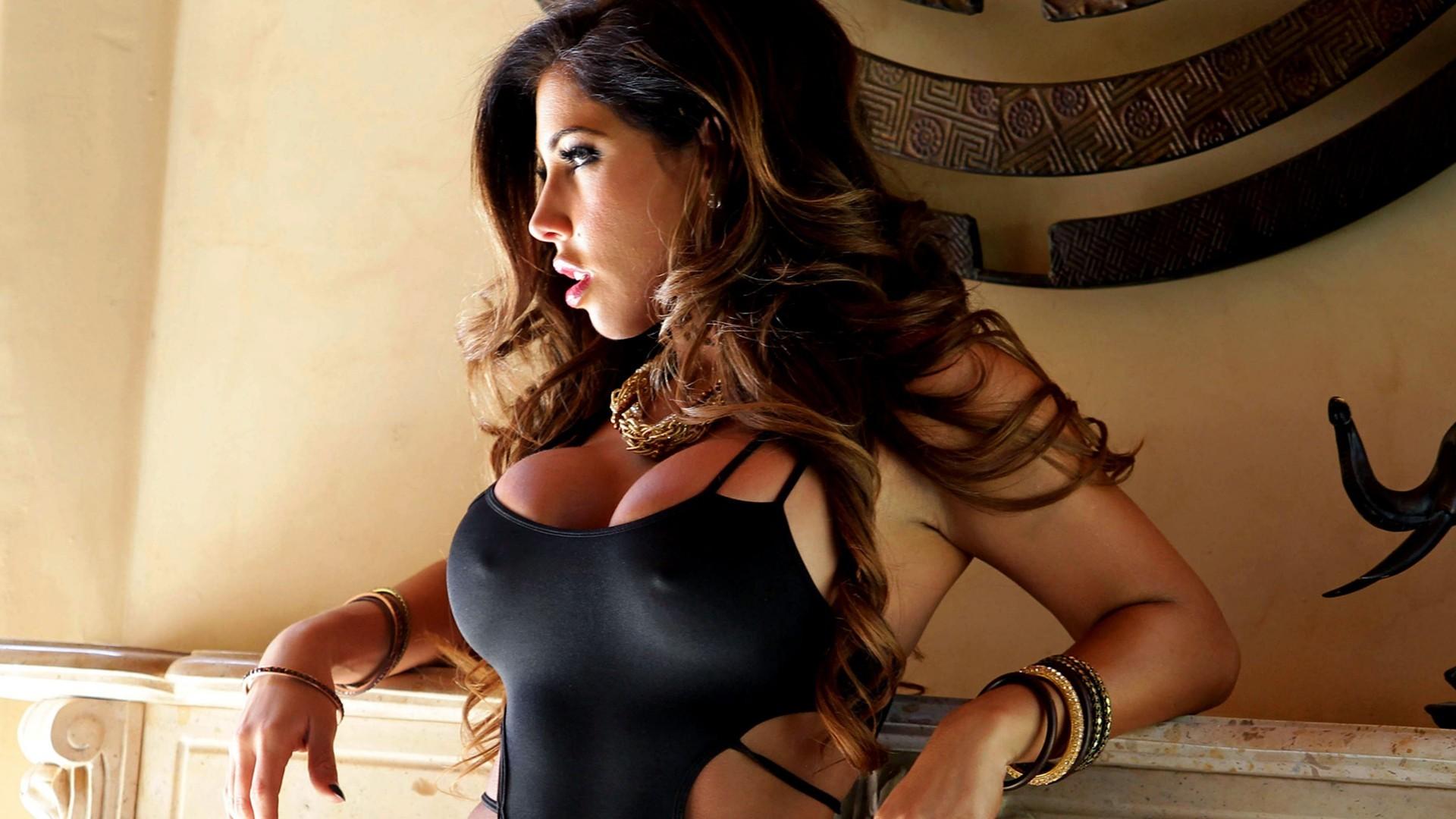 women model big boobs bracelets black hair lingerie nipples through  clothing clothing Carmen Ortega leg muscle