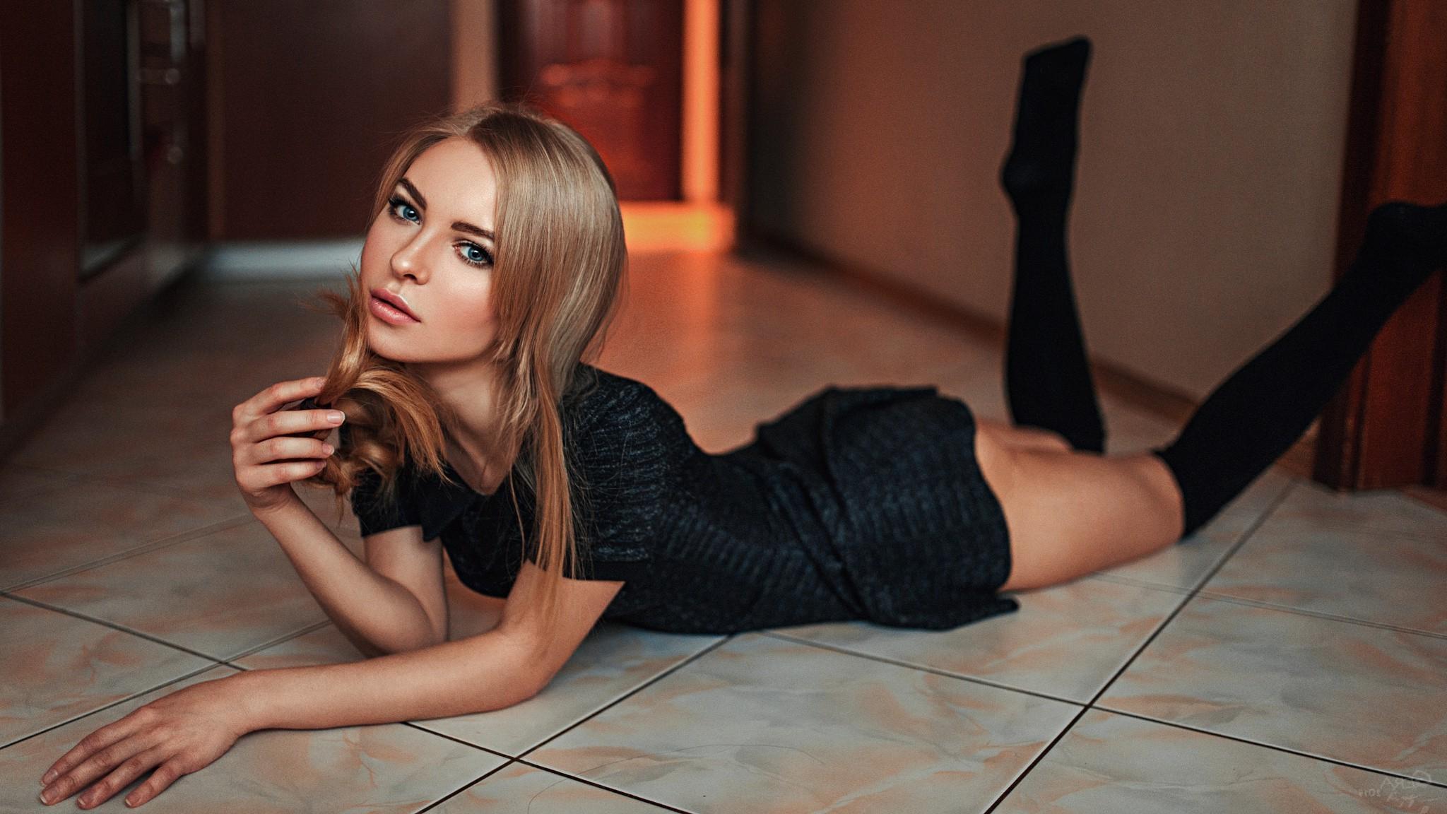 sexy virgin chinese girl