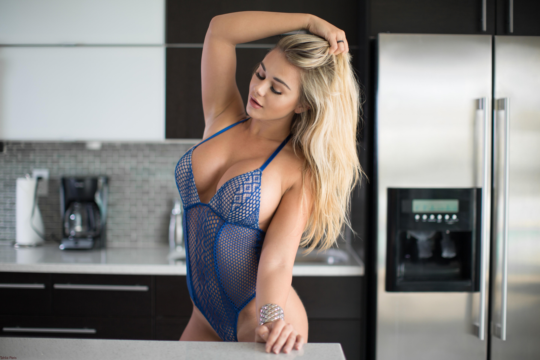 Big tits kitchen