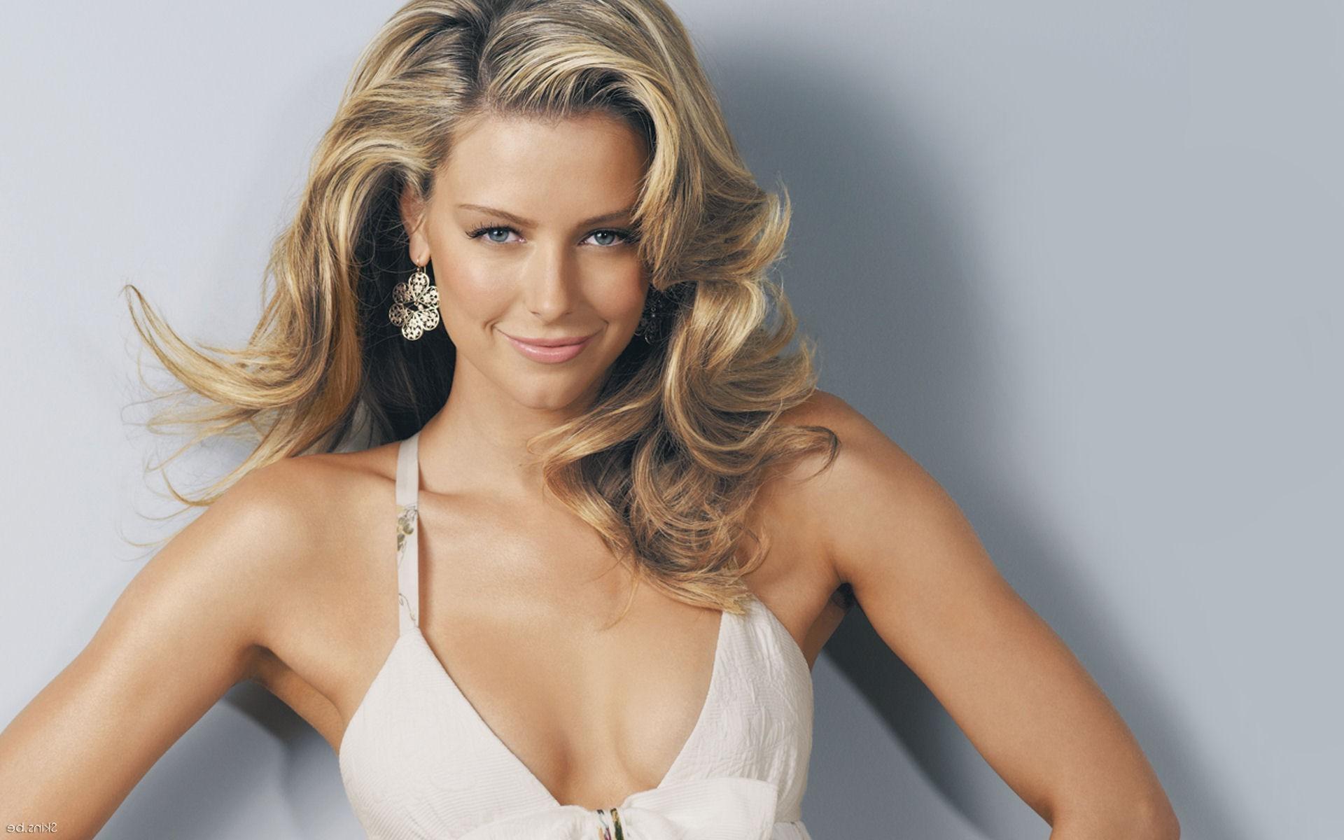 Hintergrundbilder : Frau, Modell-, blond, lange Haare, blaue Augen ...