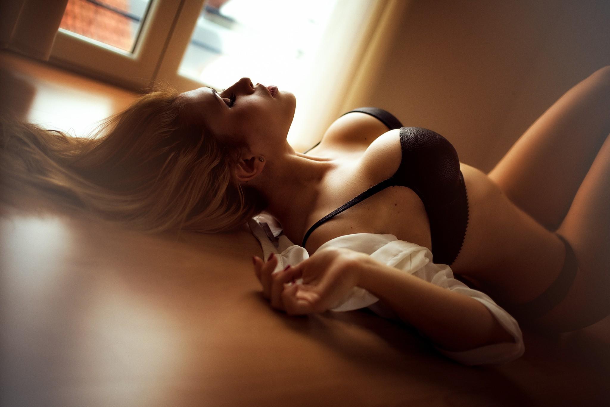 utro-seksualnoy-blondinkoy-video-rekordi-ginnessa-foto-porno