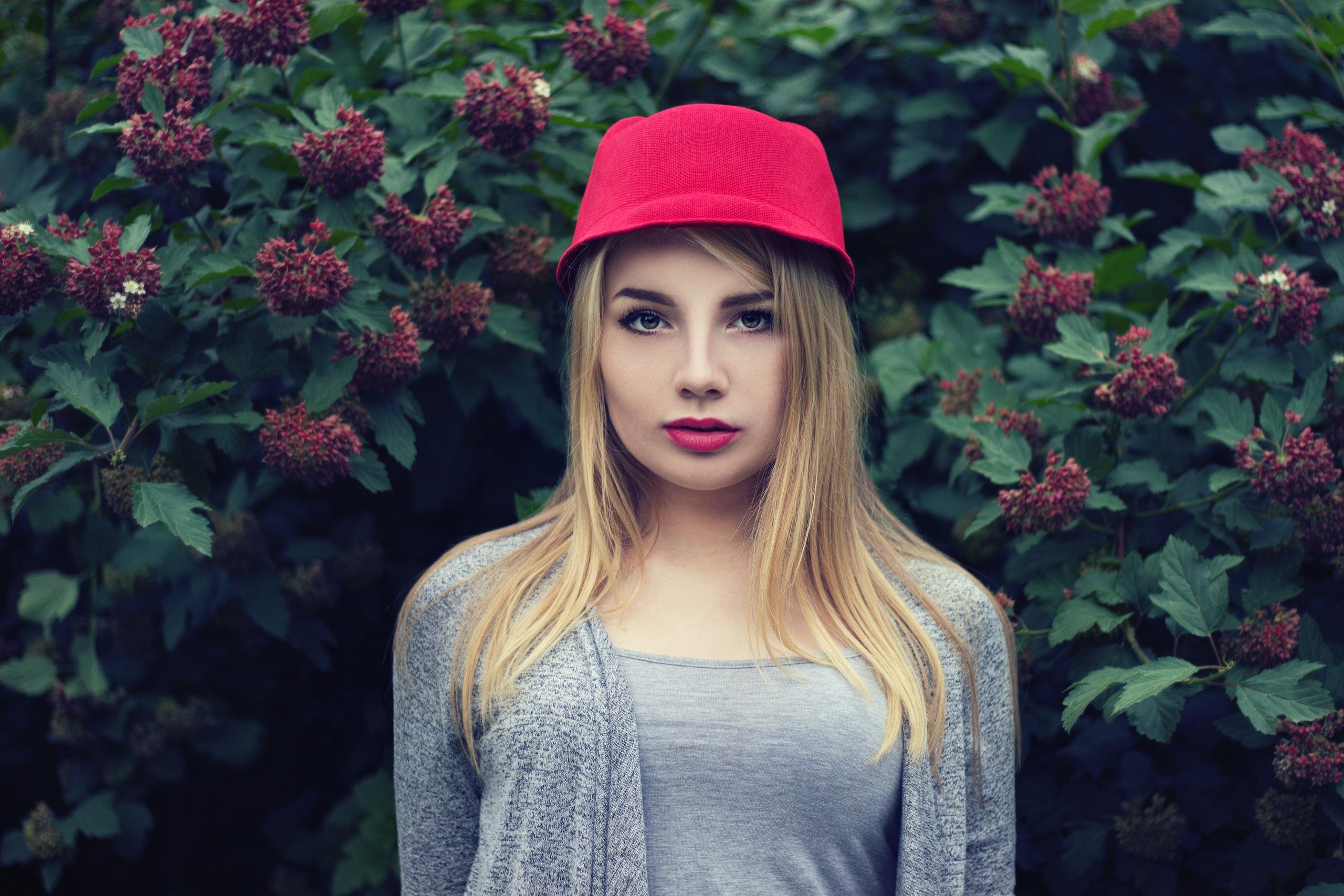 women model blonde looking at viewer Women with Hats flowers face red  lipstick portrait women outdoors 0eebcad1e4b