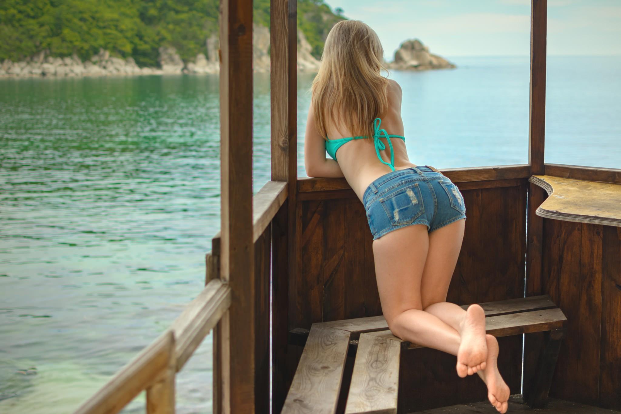 Hot girls bending over shorts asian porn wives