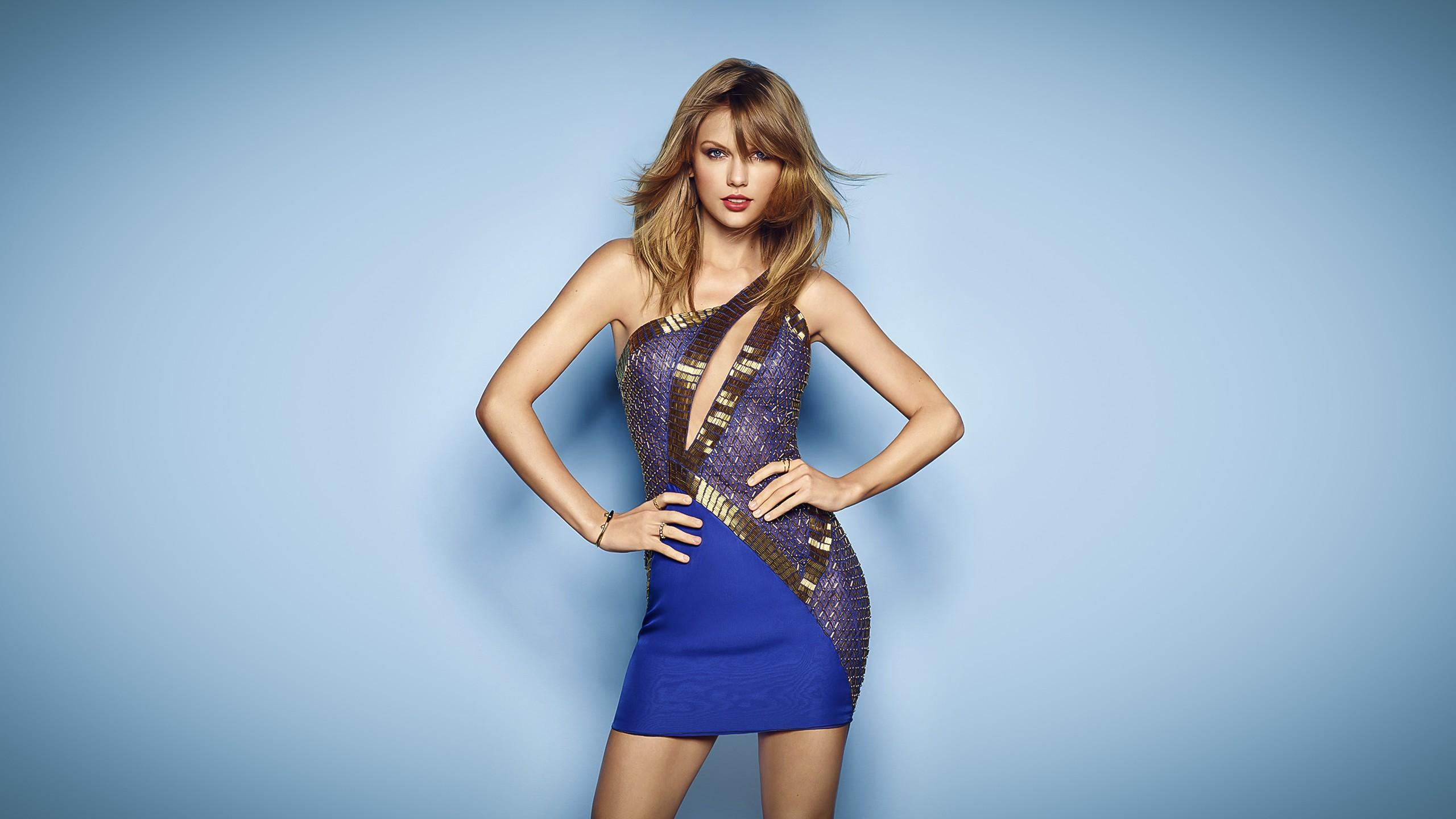 Hintergrundbilder : Frau, Modell-, Blauer hintergrund, Fotografie ...