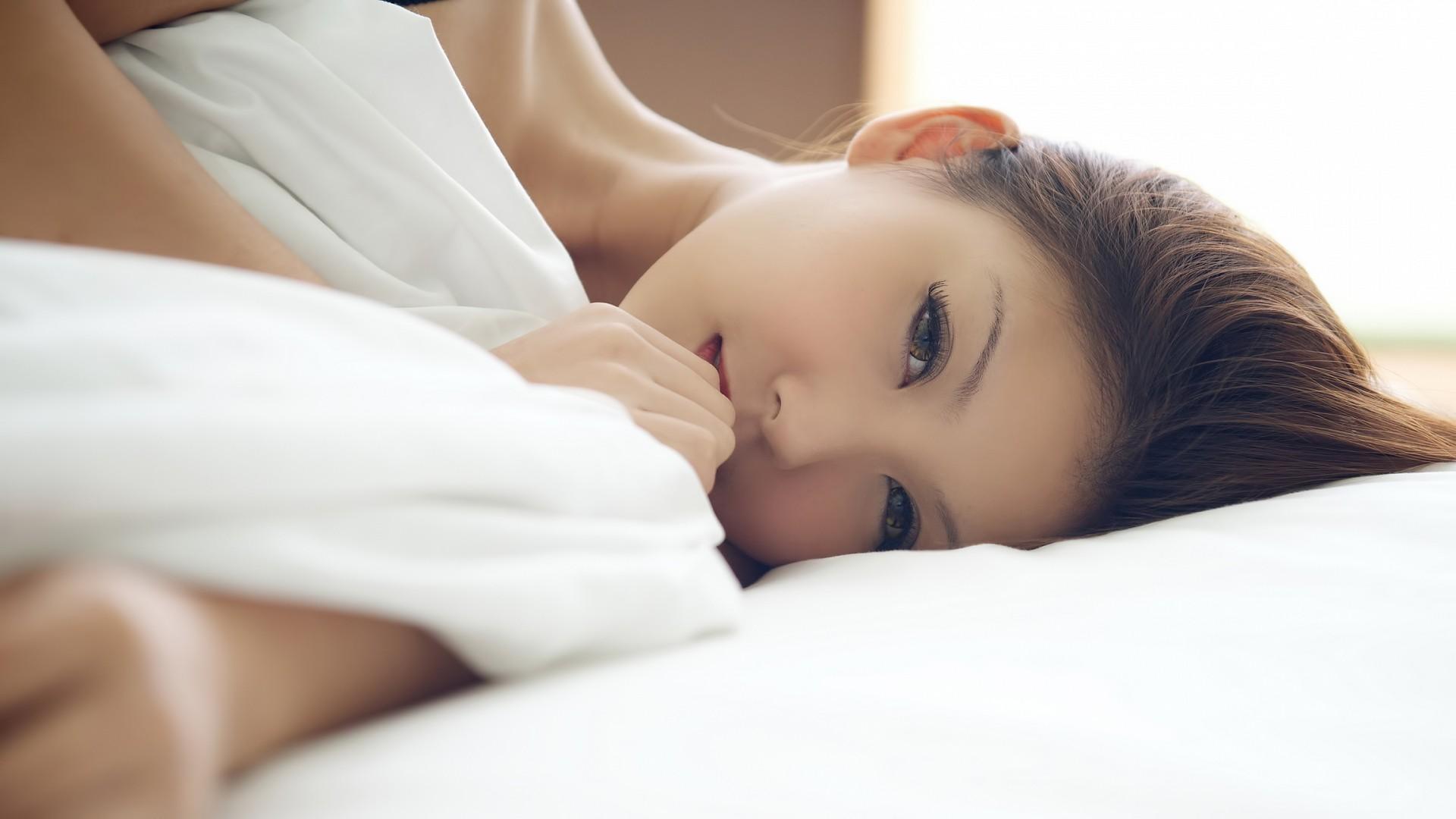 японки любовь в кровати была допущена бесплатнно