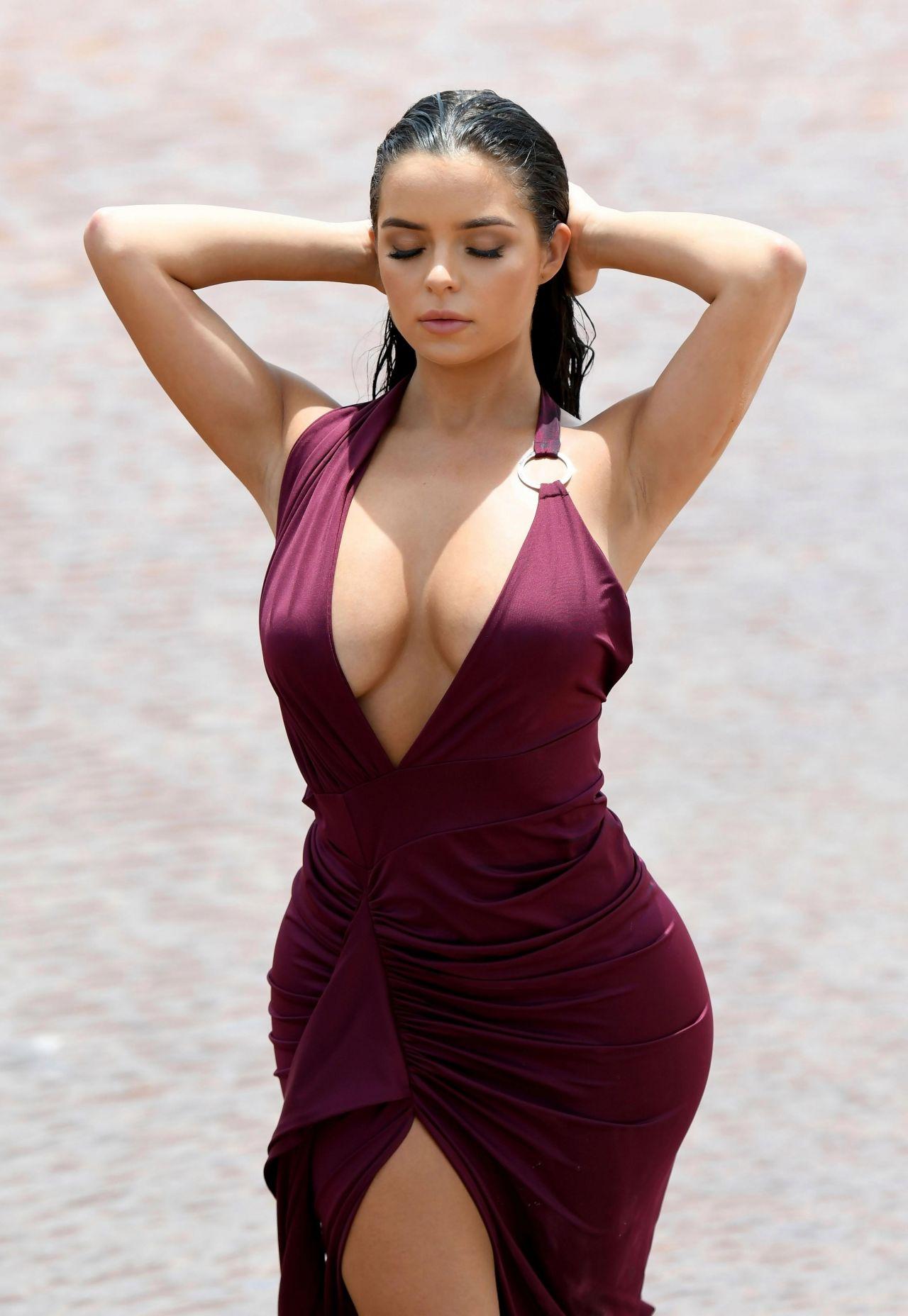 Curvy modèles nue