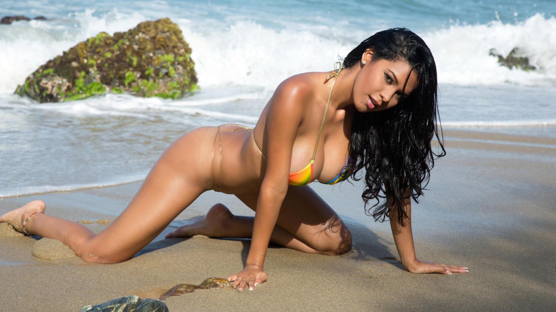 Bikini sexy woman photo