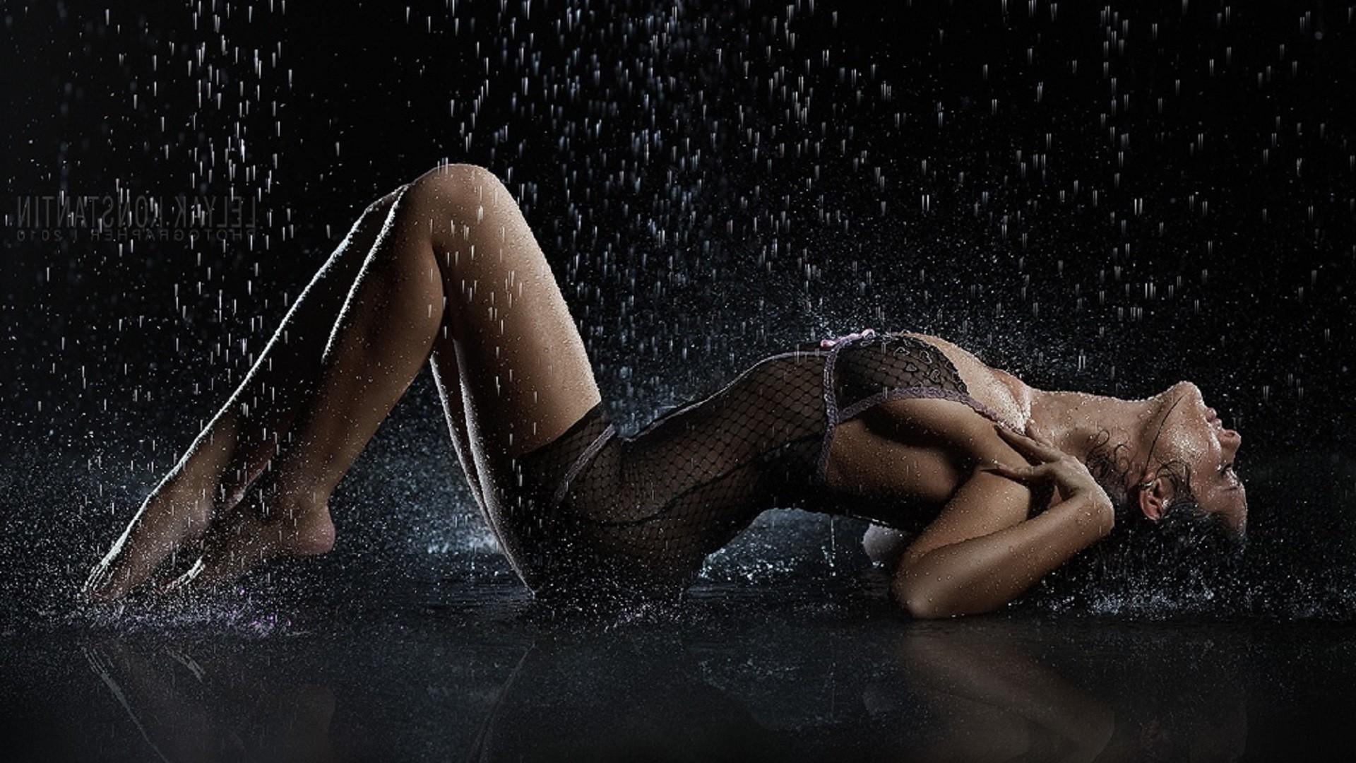 Любительский секс самые мокрые места женщин волосатой
