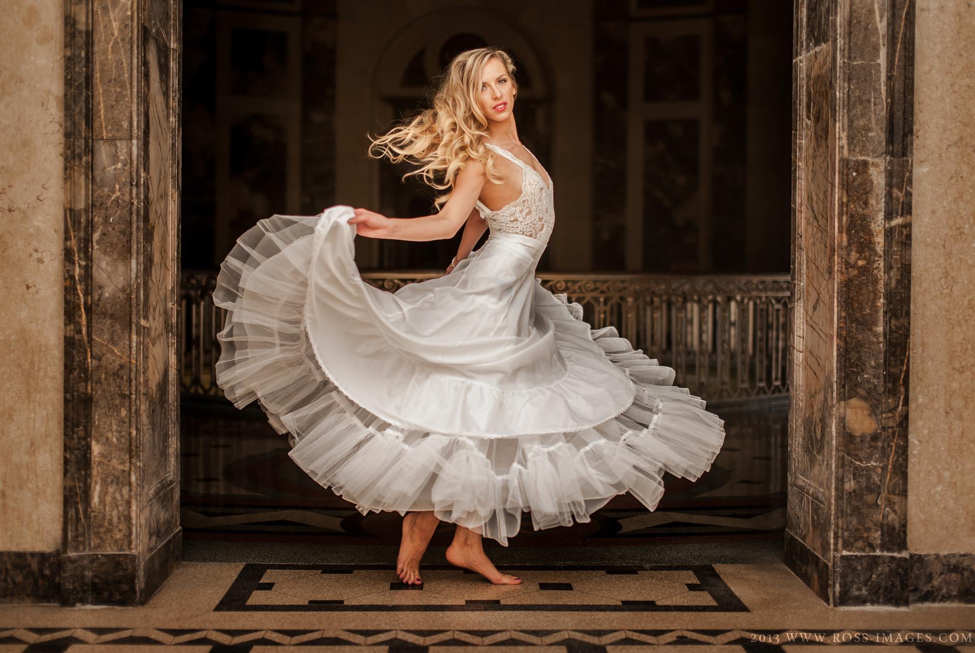 Hintergrundbilder : Frau, Modell-, Kleid, Mode, Hochzeitskleid ...