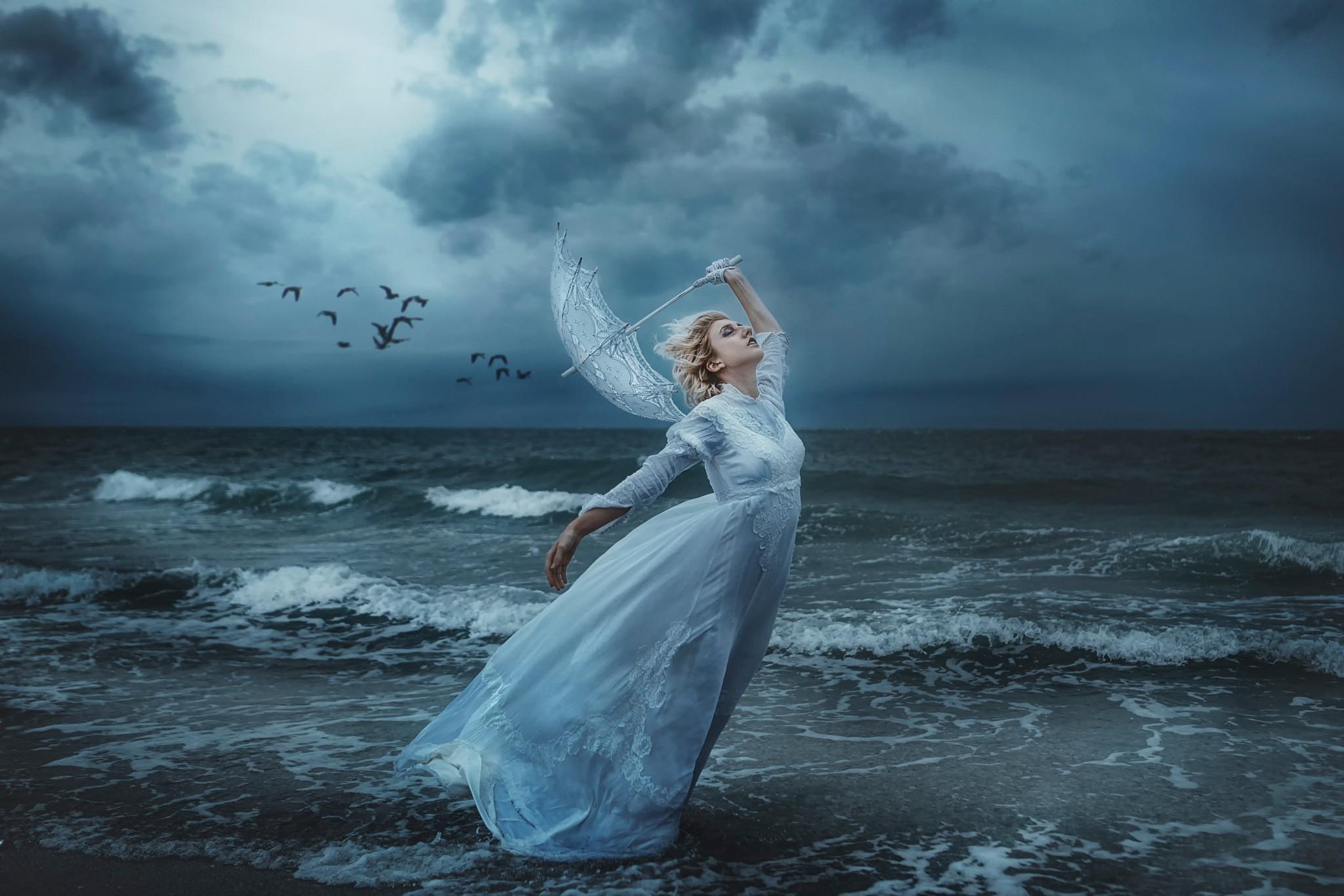 Wallpaper Umbrella Upside Down Floating Hd Creative: Wallpaper : Women, Model, Fantasy Art, Sea, Underwater