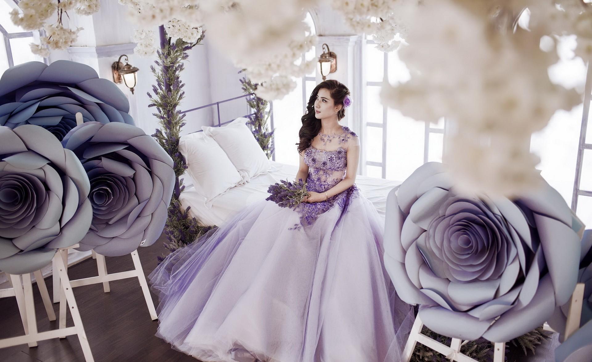 Hintergrundbilder : Frau, Modell-, Blumen, asiatisch, lila, Kleid ...