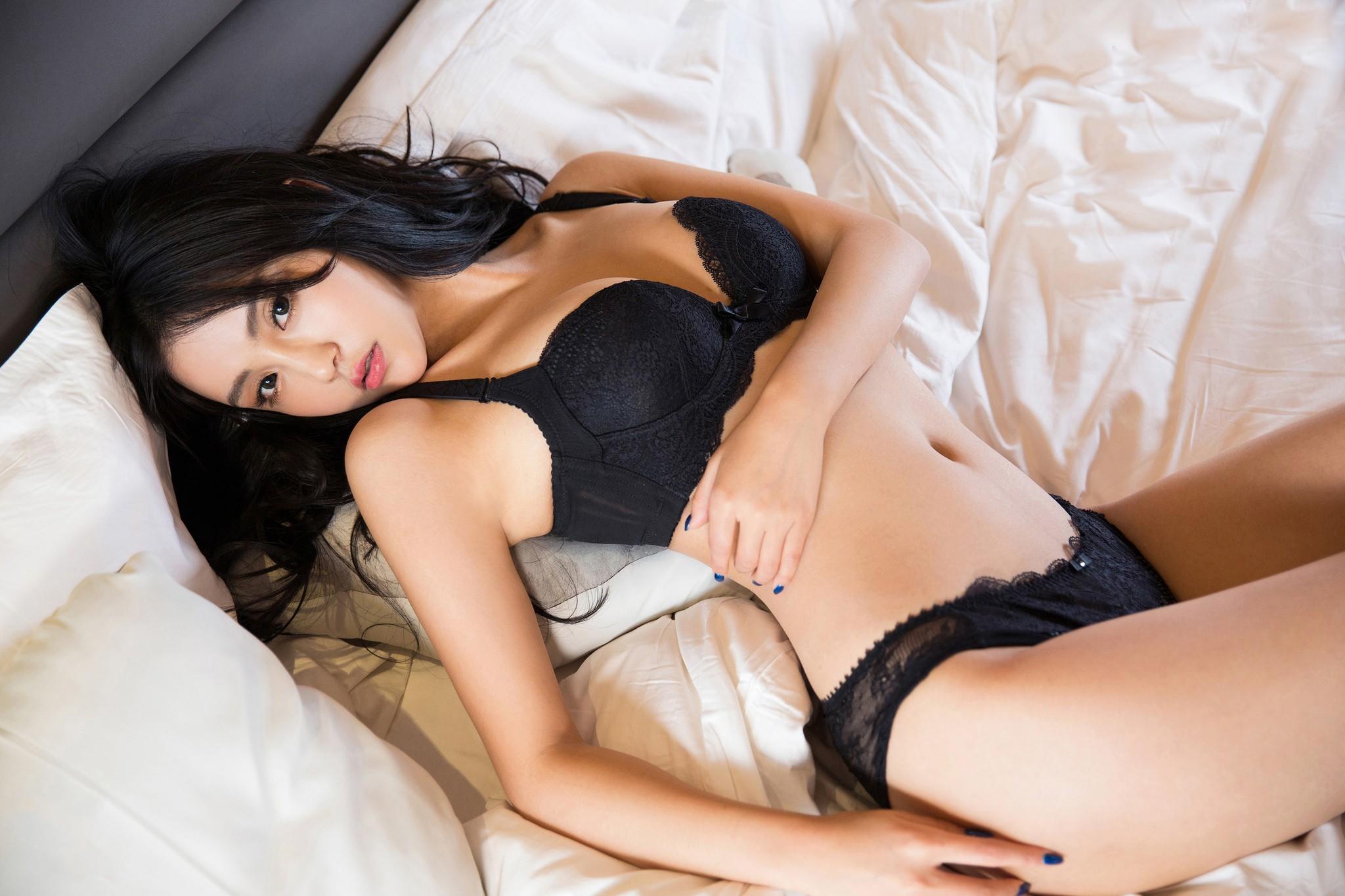 самые сексуальные азиатки в кружевах - 7