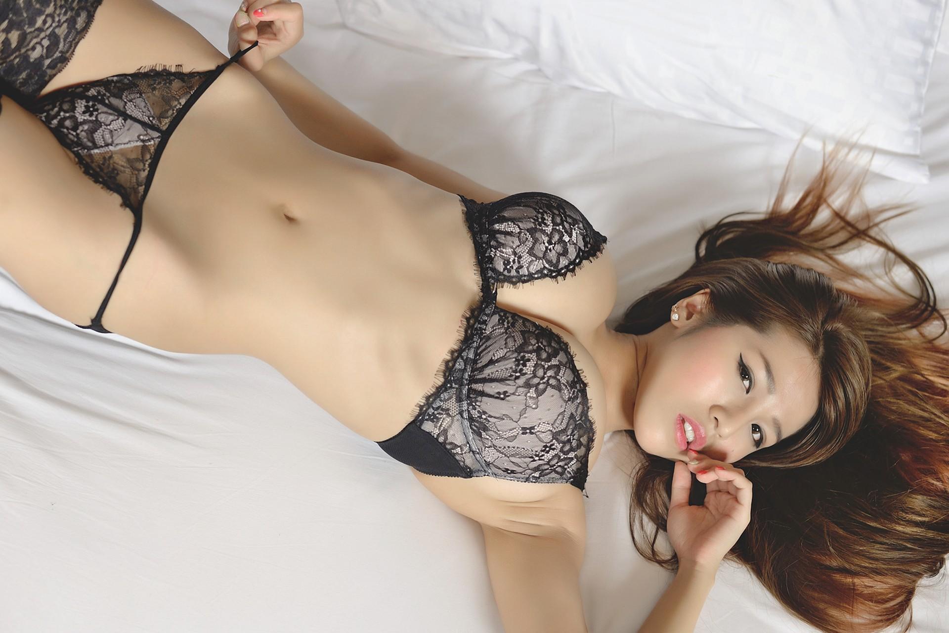 самые сексуальные азиатки в кружевах - 13