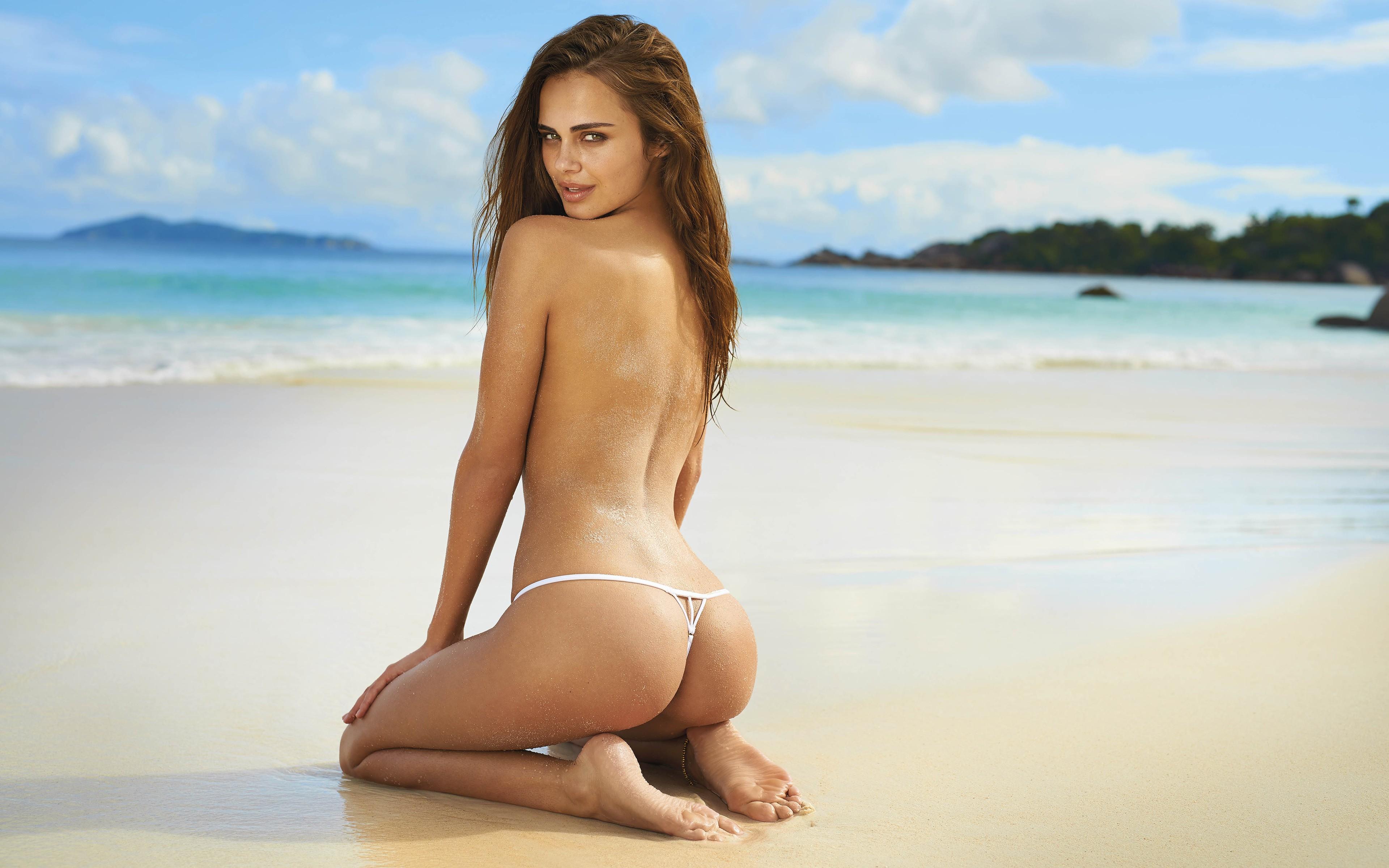 Female art nude body