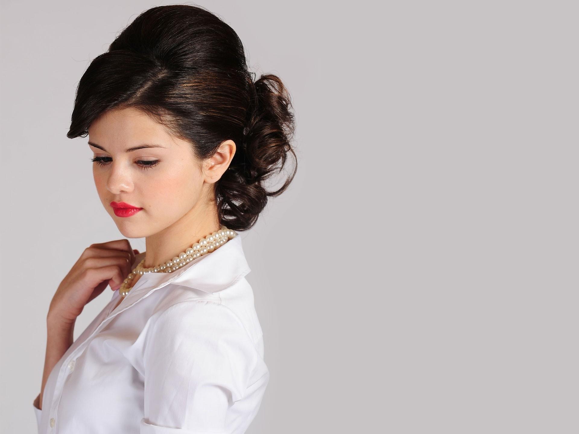 Wallpaper : women, model, long hair, brunette, celebrity, singer ...