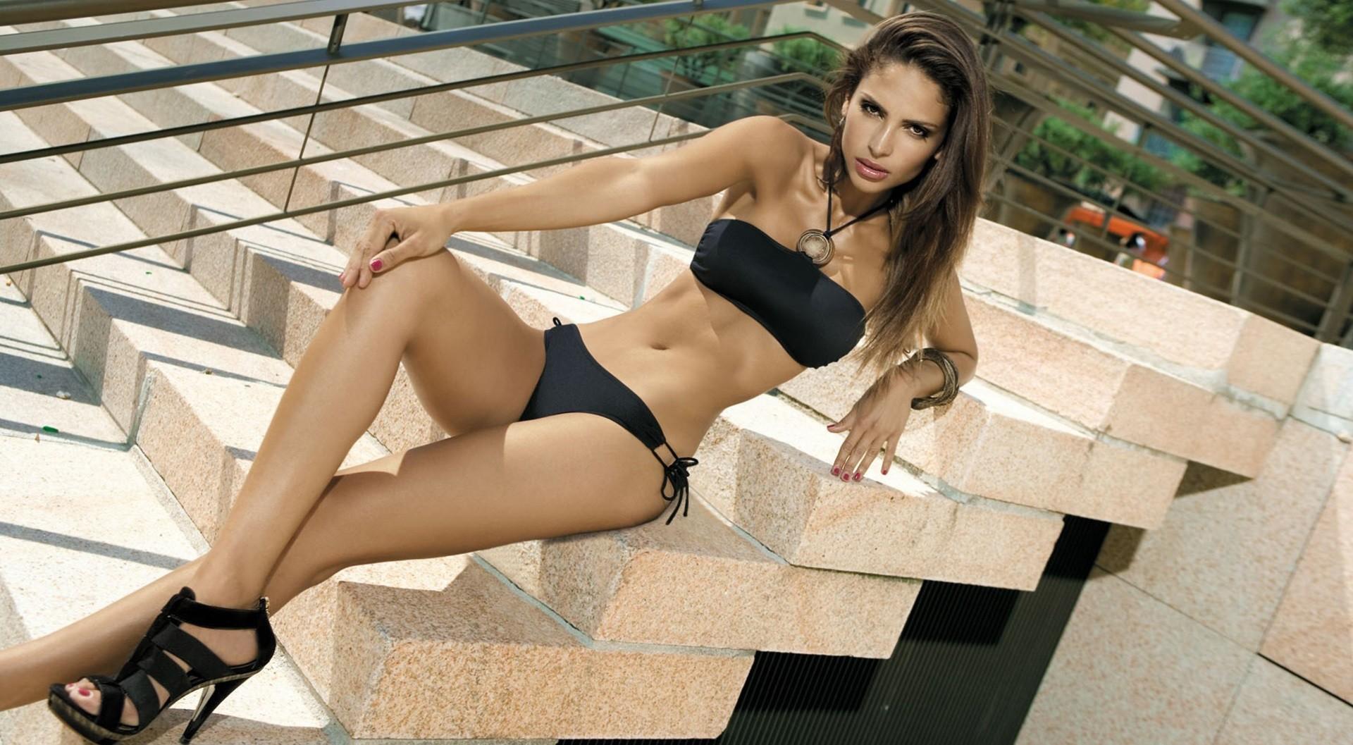 Girls in bikinis and high heels — 4