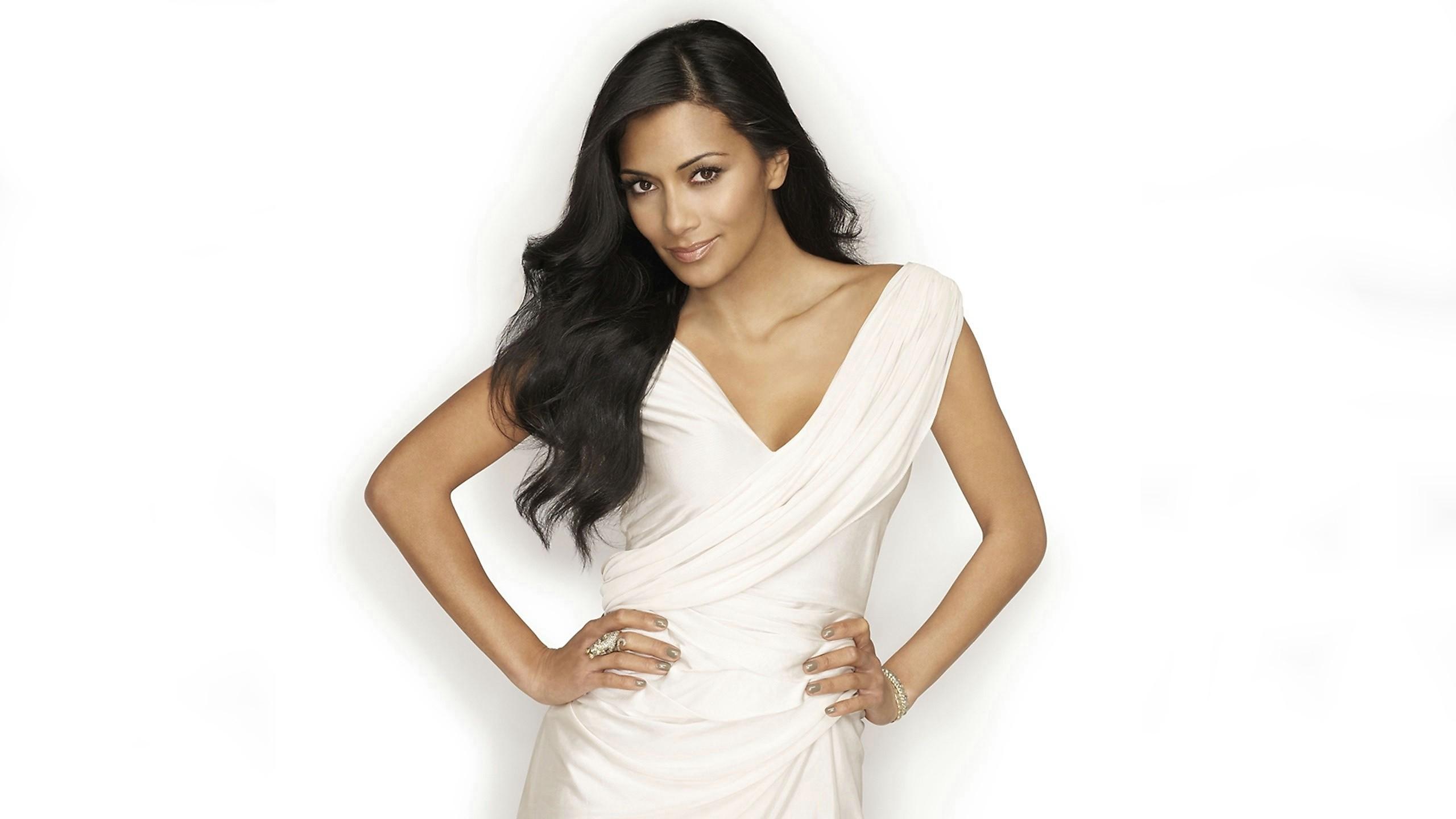 Hintergrundbilder : Frau, Modell-, lange Haare, Kleid ...
