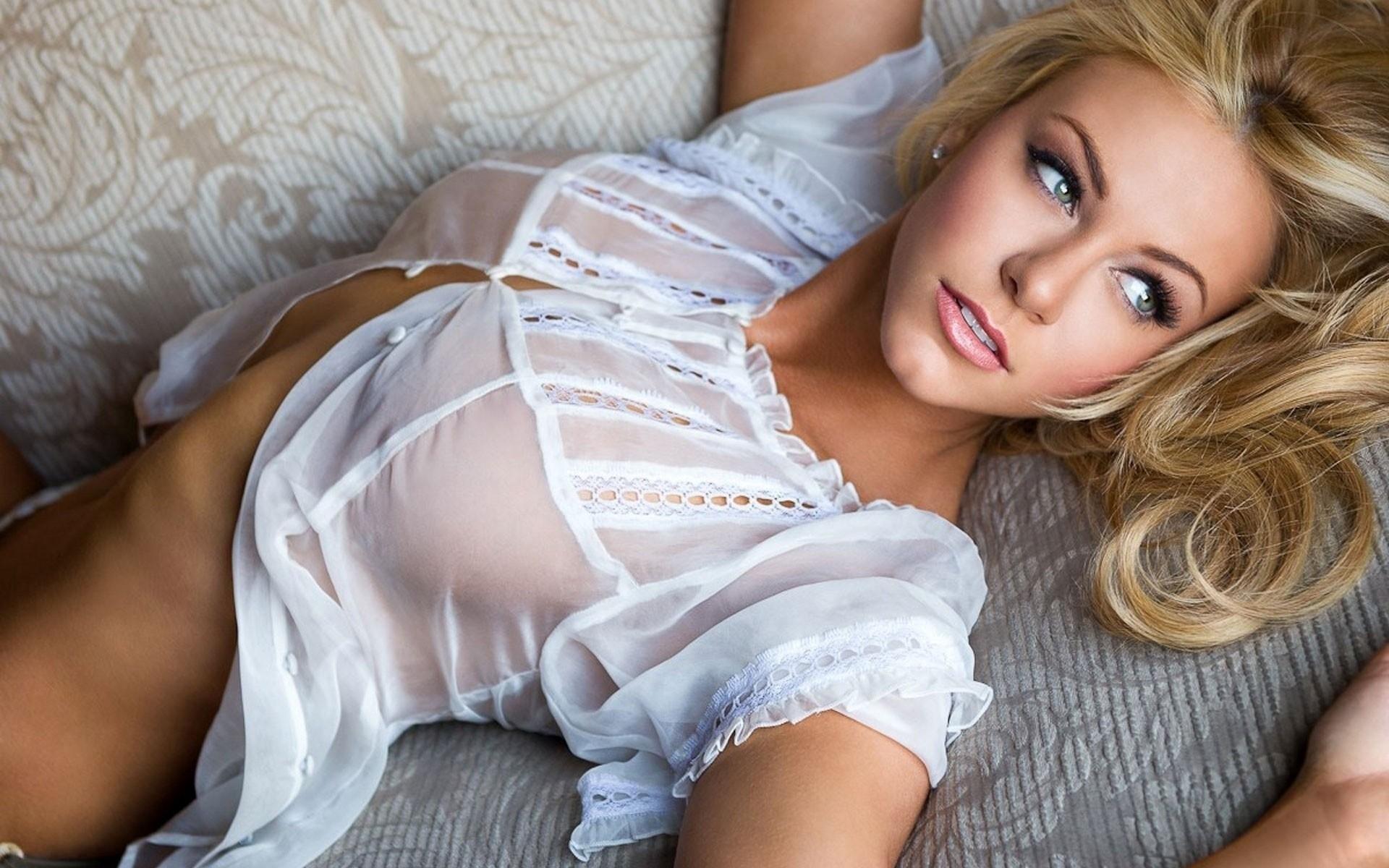 Фото девушки дом видео девайн порно