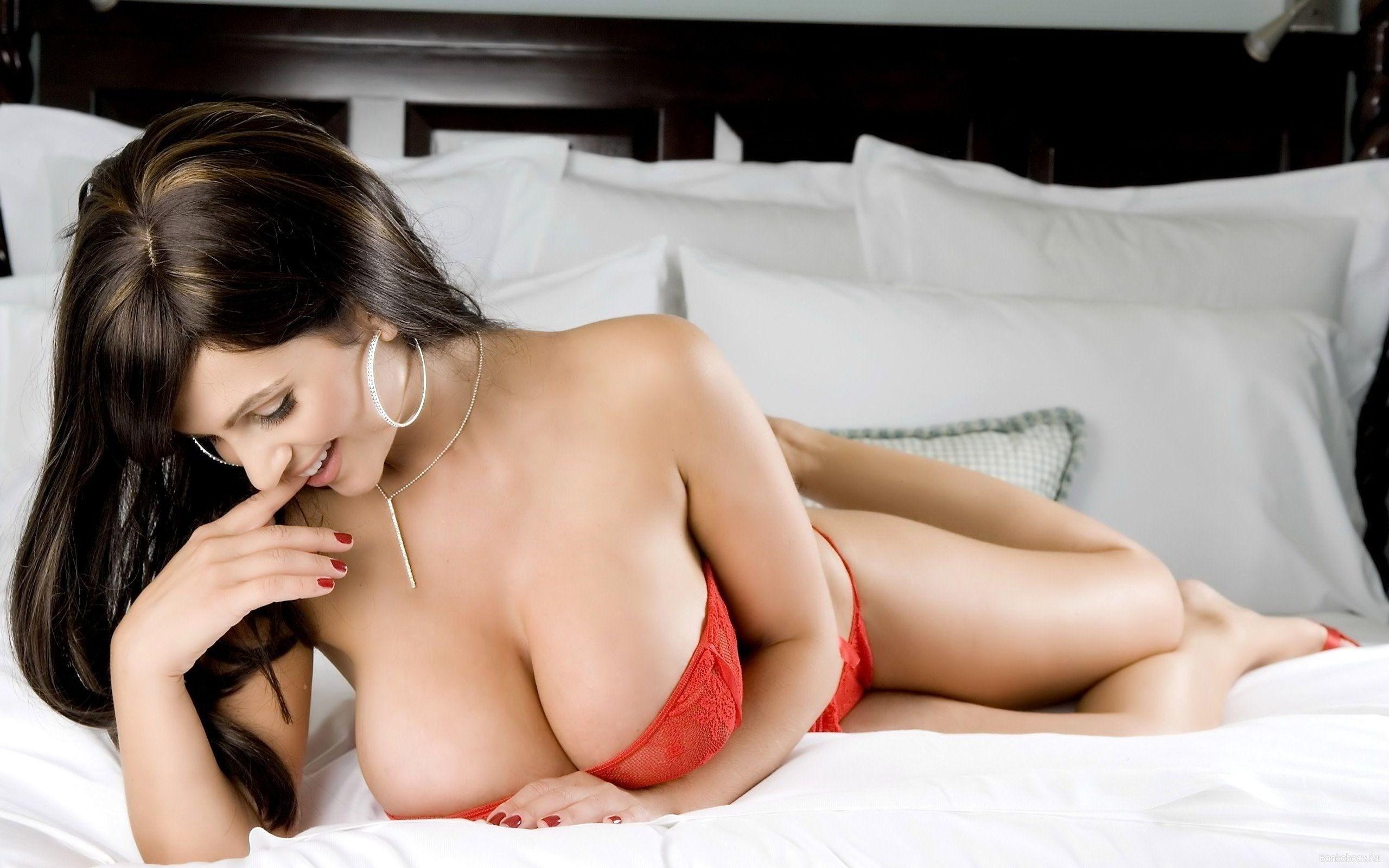 Sexy big boobs in abra