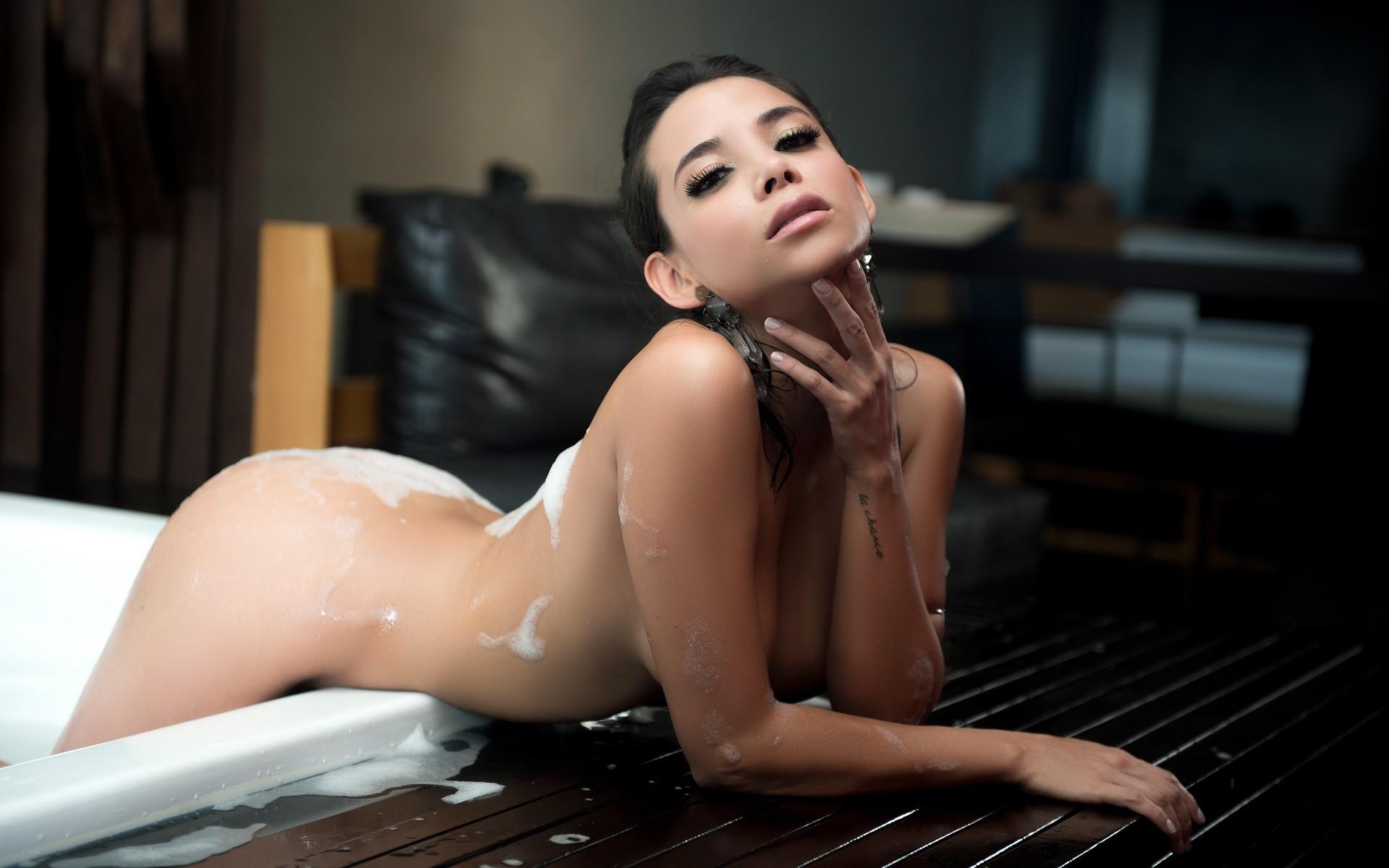 real nude cum shot