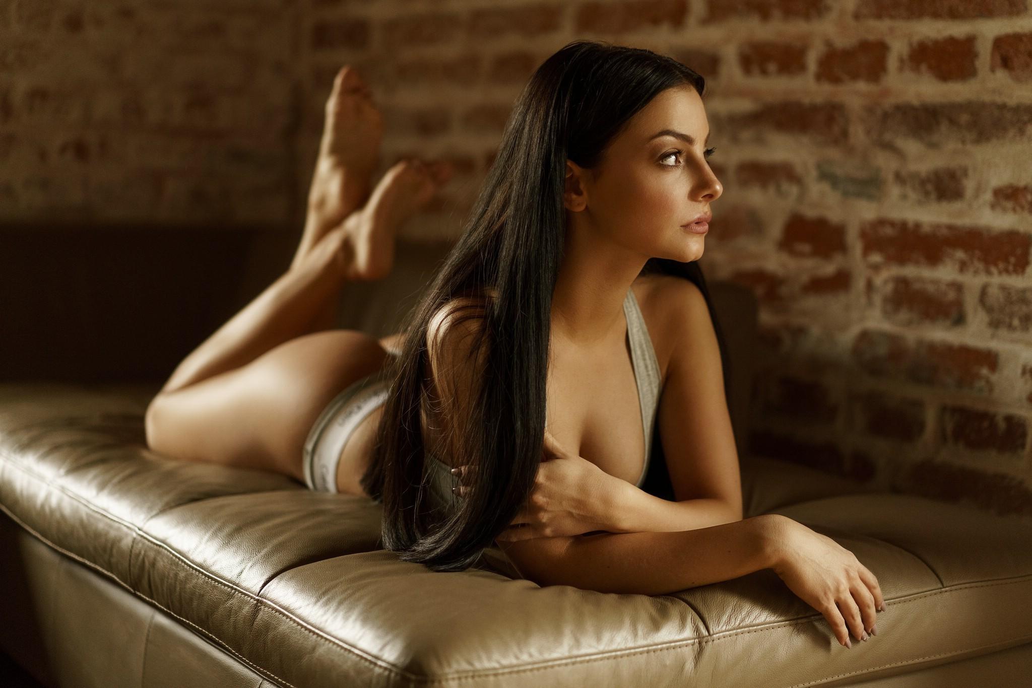 Wallpaper  Women, Looking Away, Long Hair, Brunette, Ass -2791