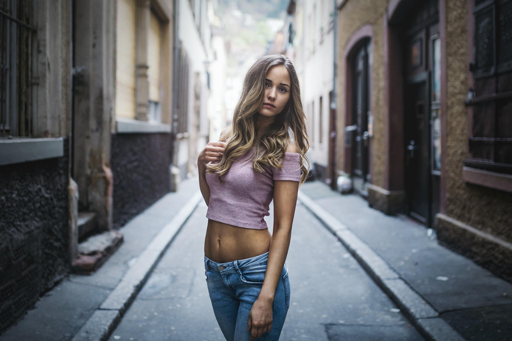 ulichnie-devki-video-galerei-foto-drochki