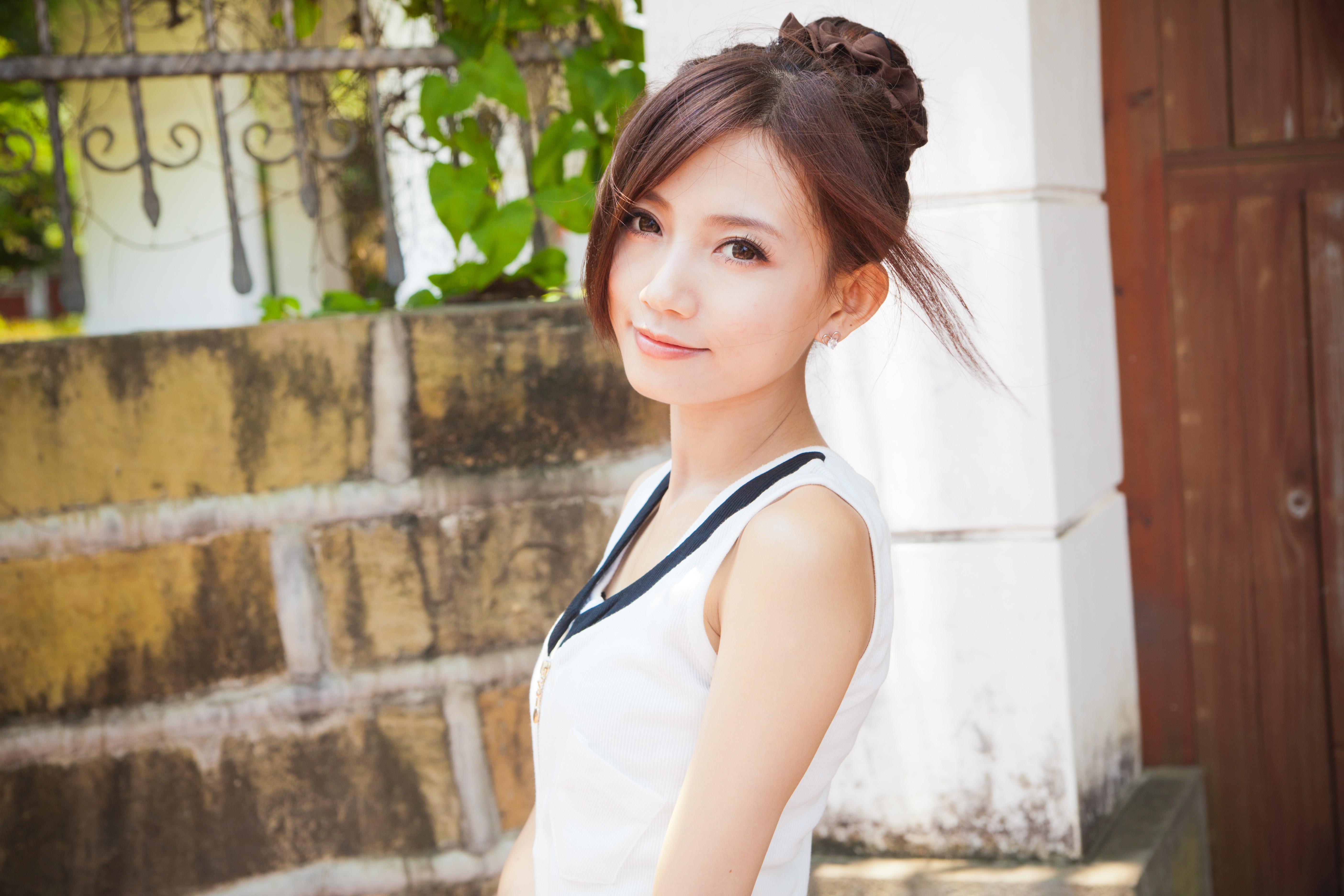 Дешевые девушки азиатки