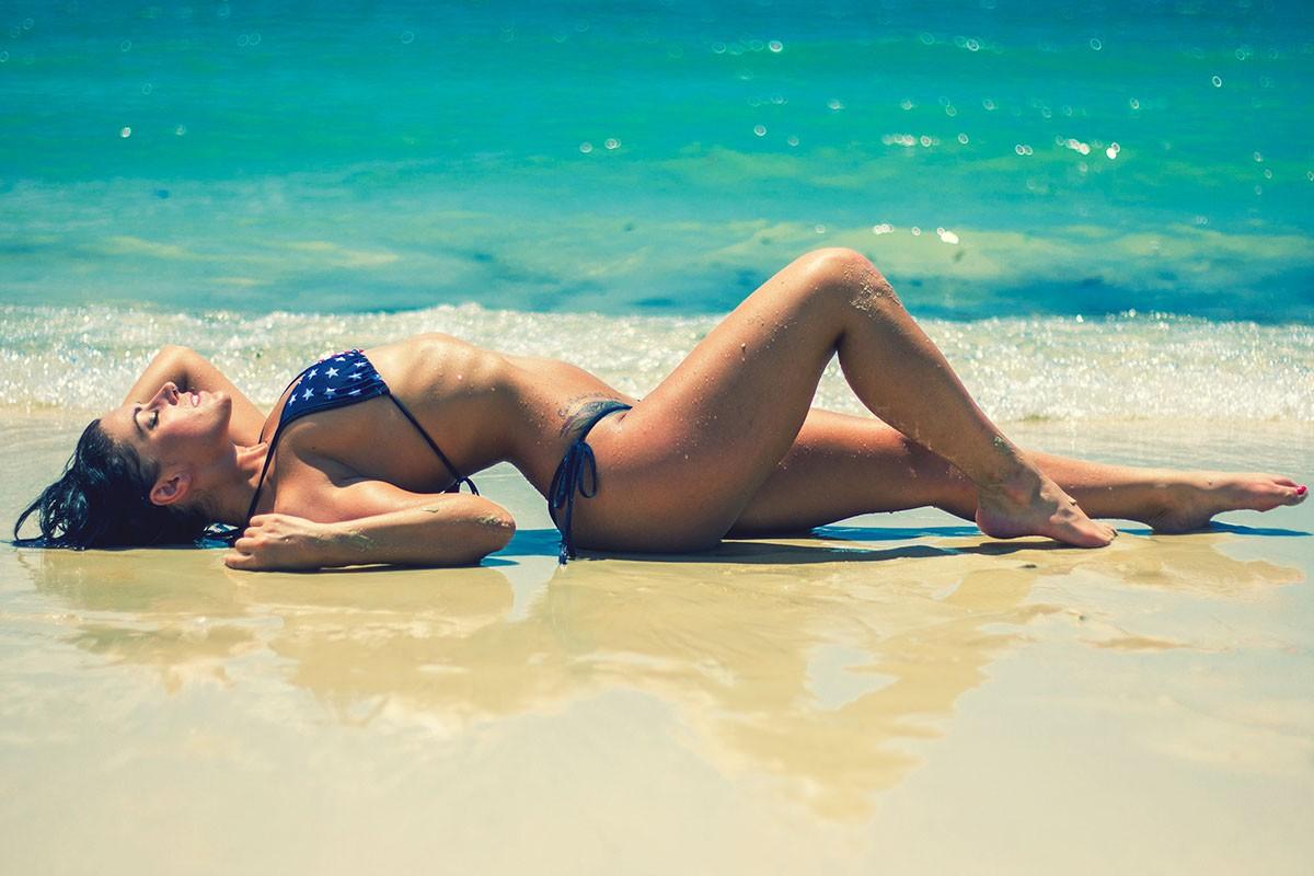 tanning water pool bikini kt swimsuit Beach